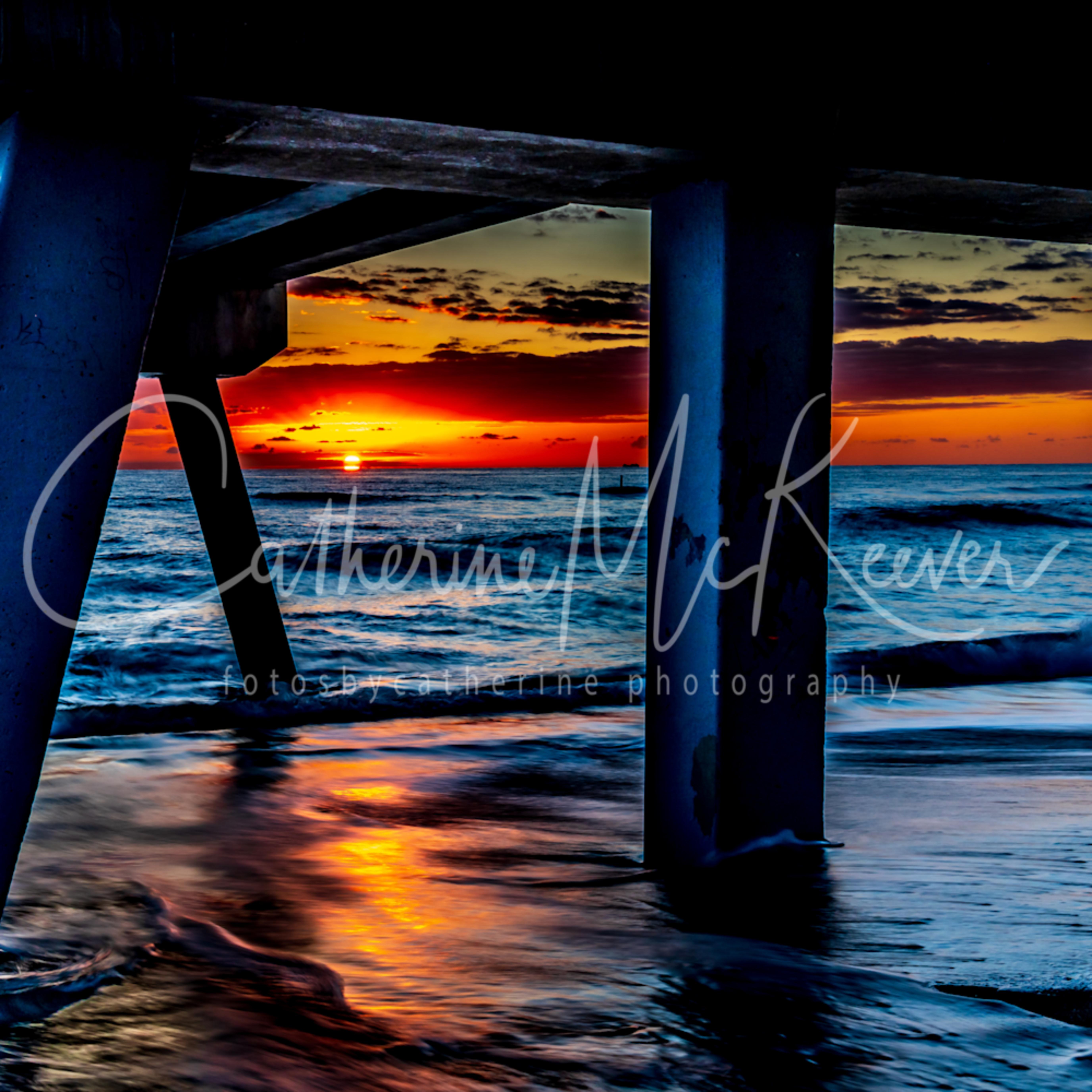 Pier sunrise qjibam