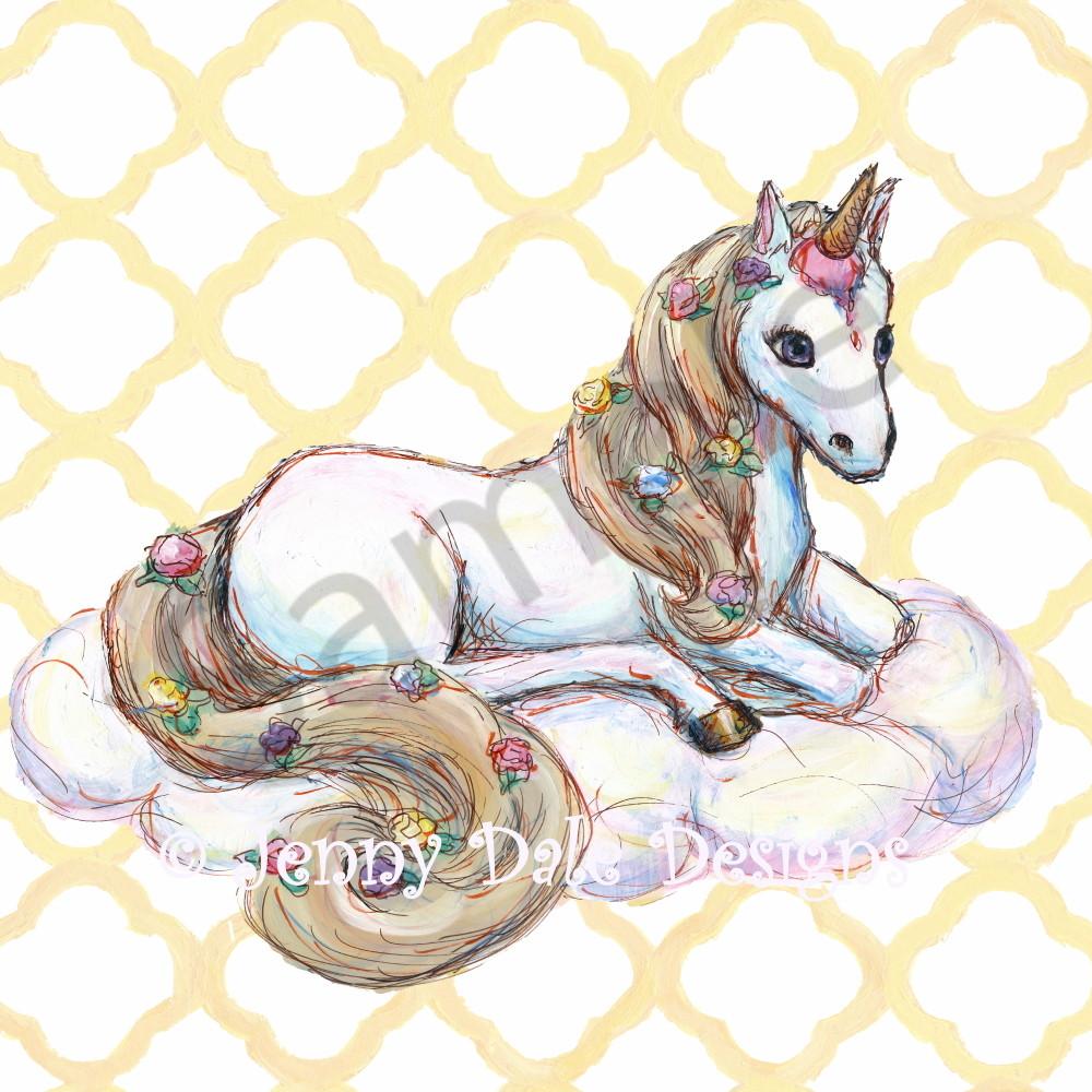 Unicorn sitting sh0e9d