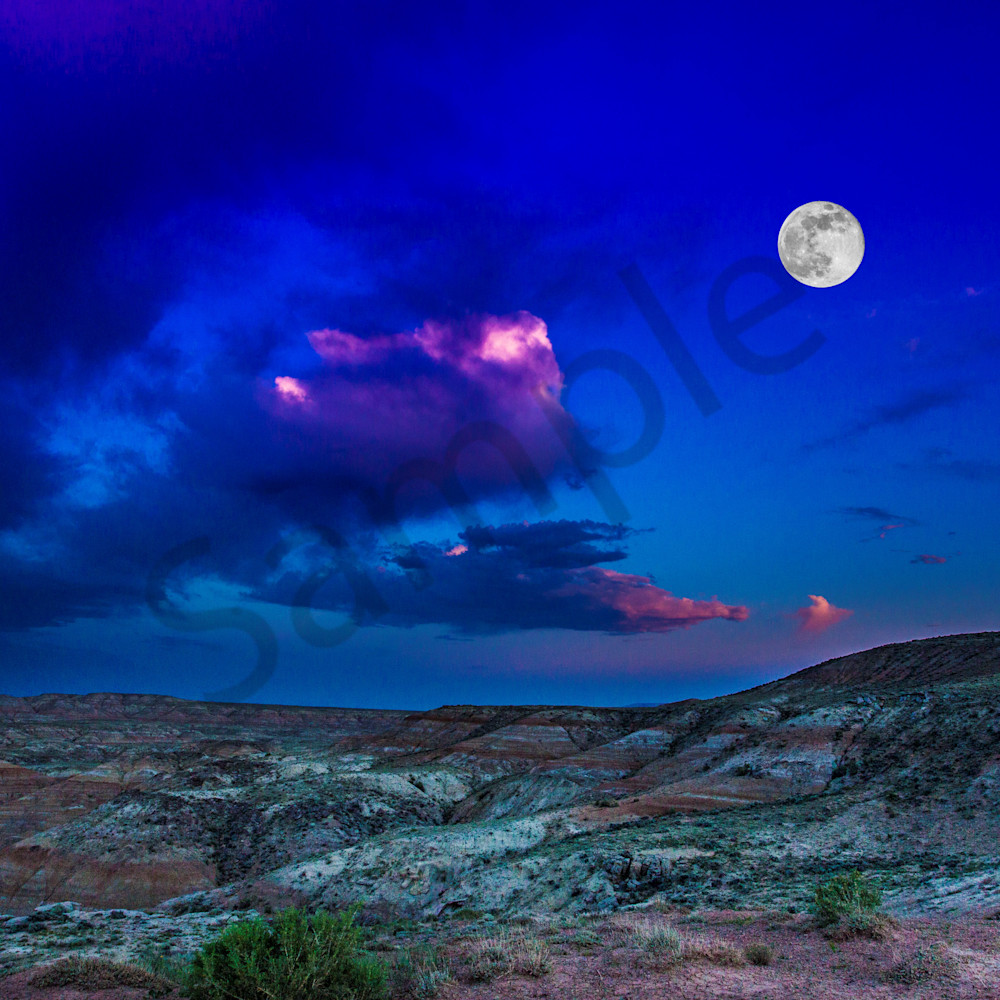 Full moon in the badlands erdgap