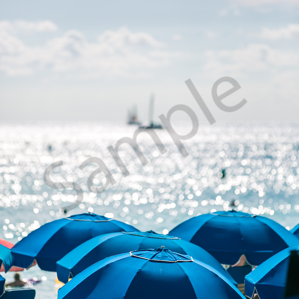 Hawaiiumbrellasboats z4lk65