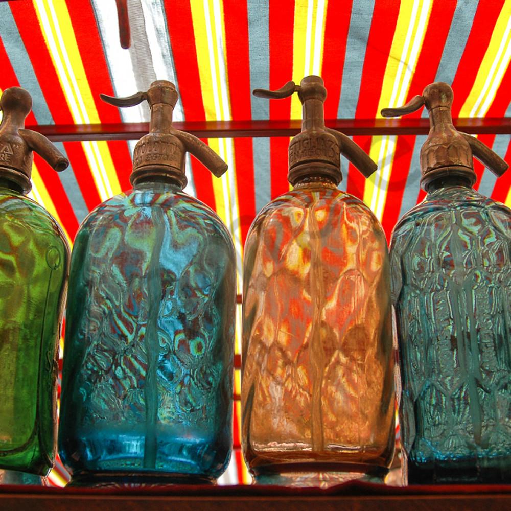 Seltzer bottles a8kmgv