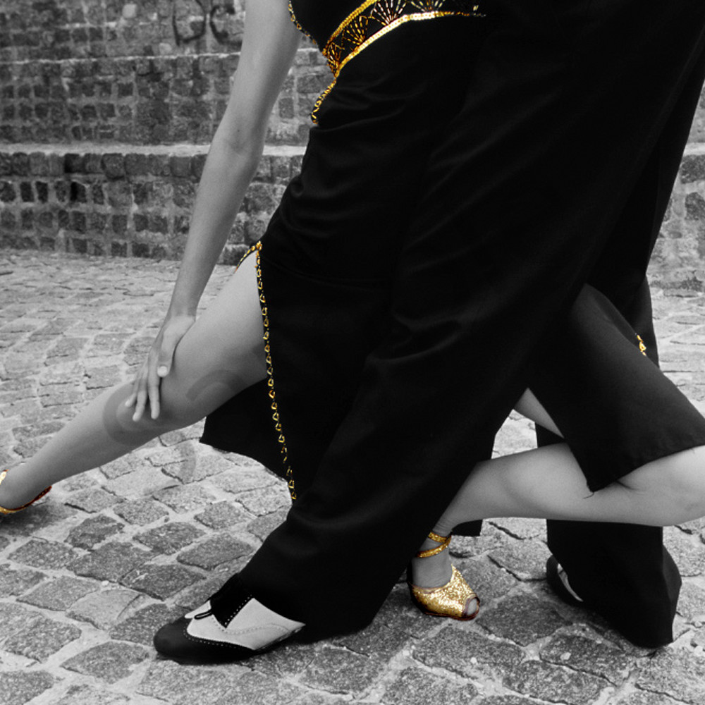 Gold tango qzppqw