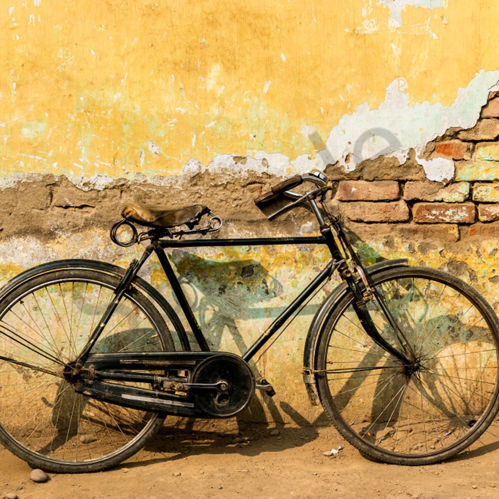 Bike yellow wall wfaoml