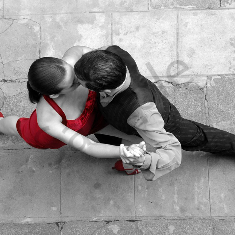 Intimate tango qqjutw