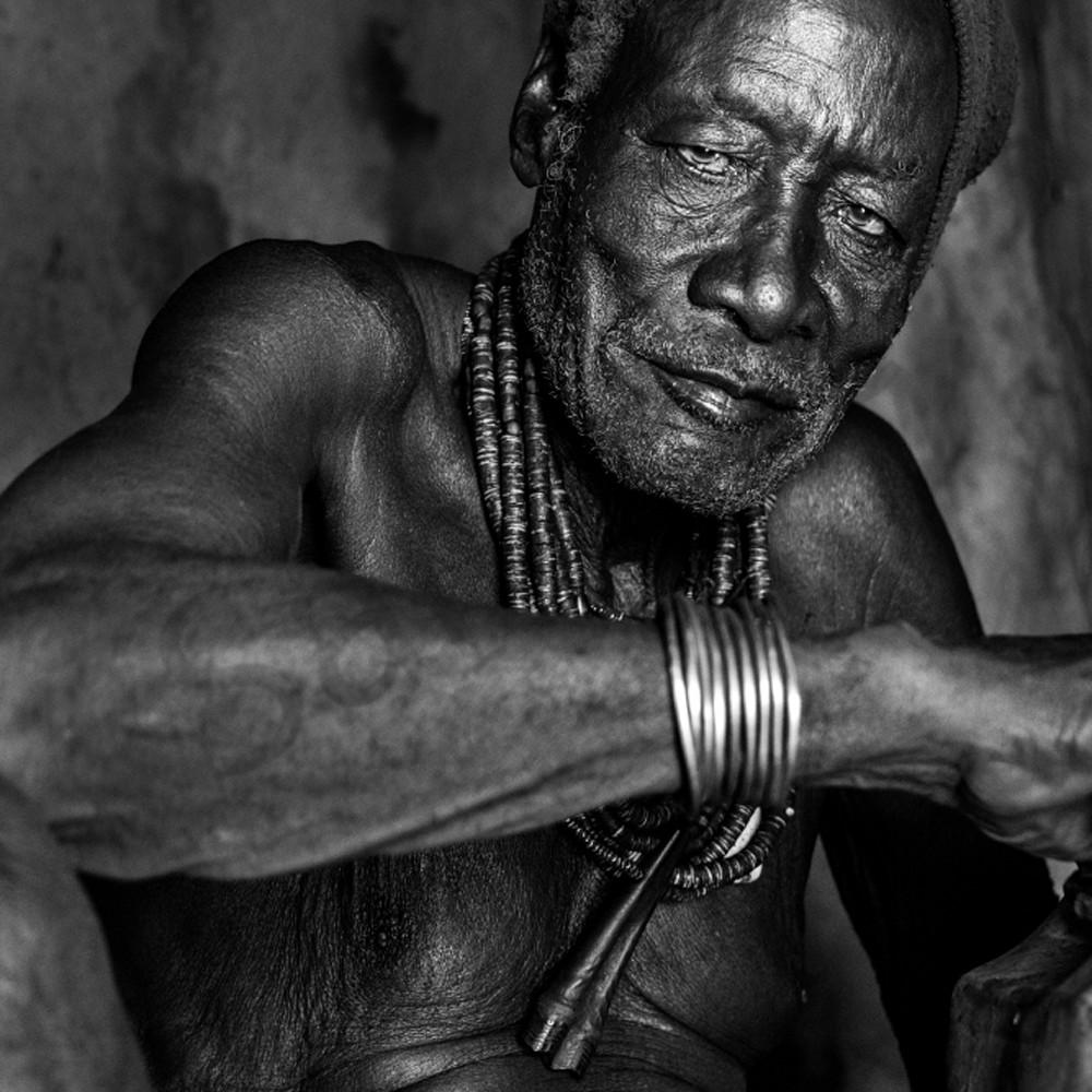 Himba chief rec056