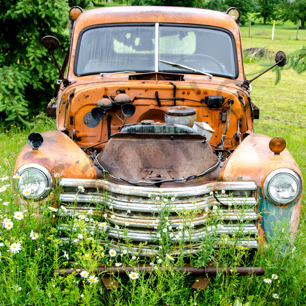 Orange car no hood v732hd