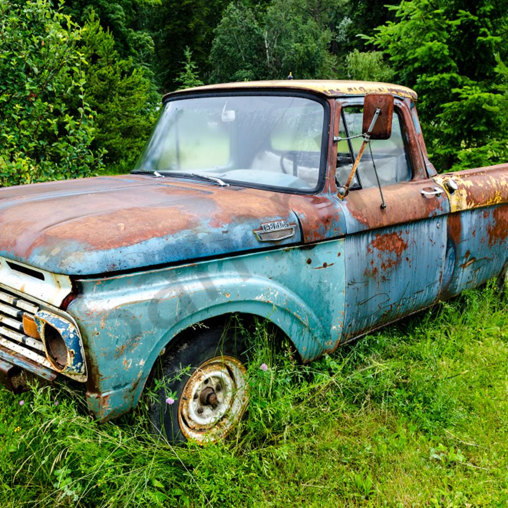 Blue ford pickup truck qsfraj