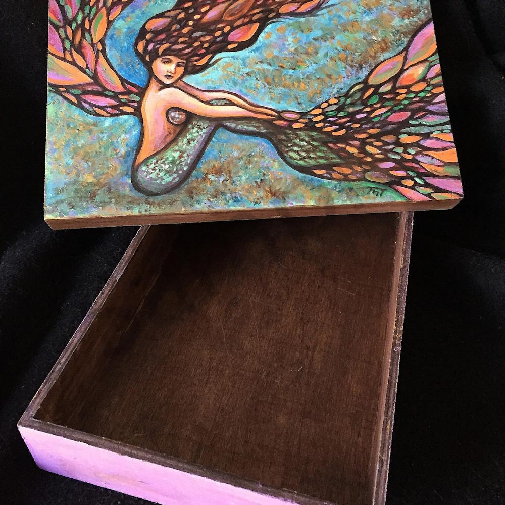 Mermaid box150dpi qi6bzn