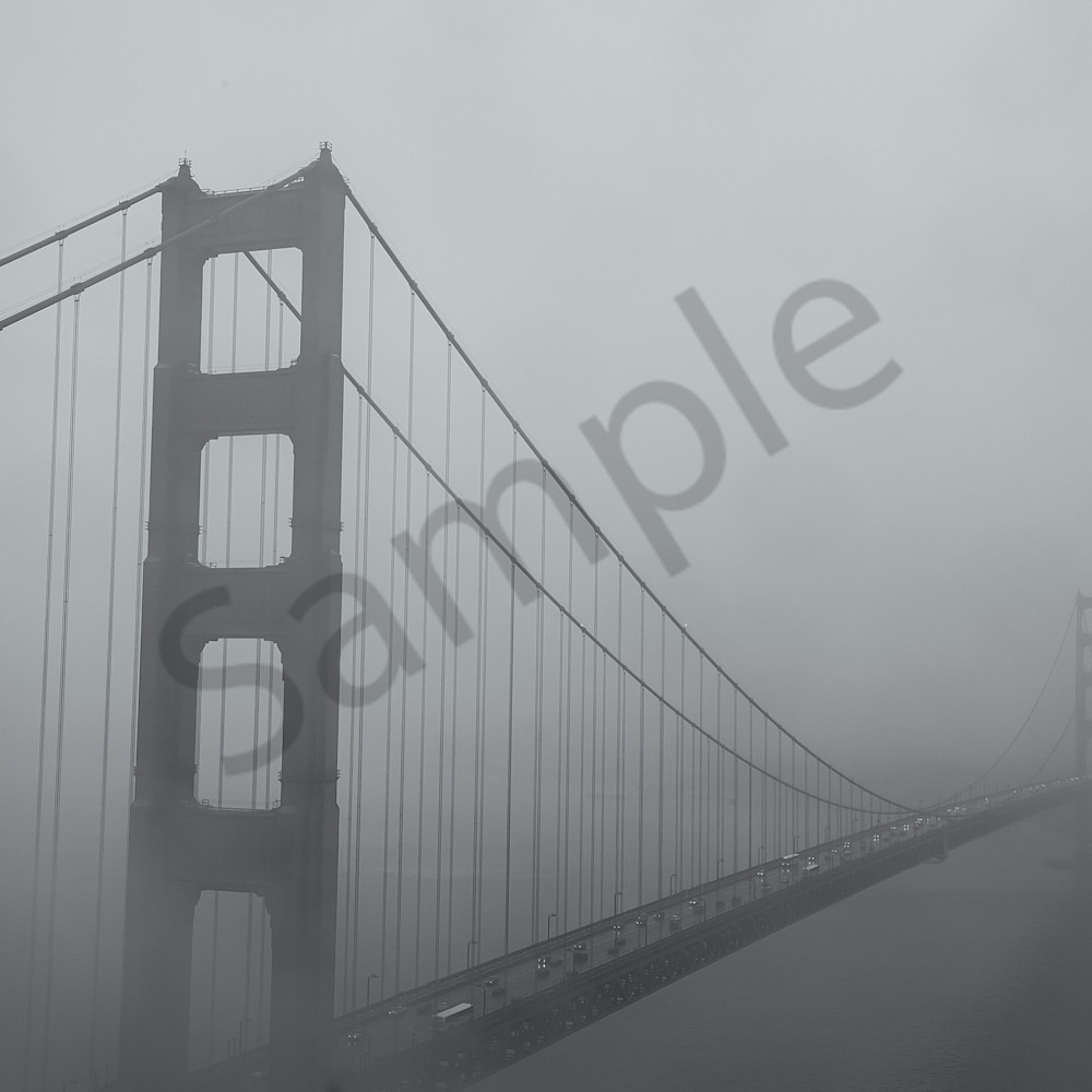 Golden gate bridge cw7um5
