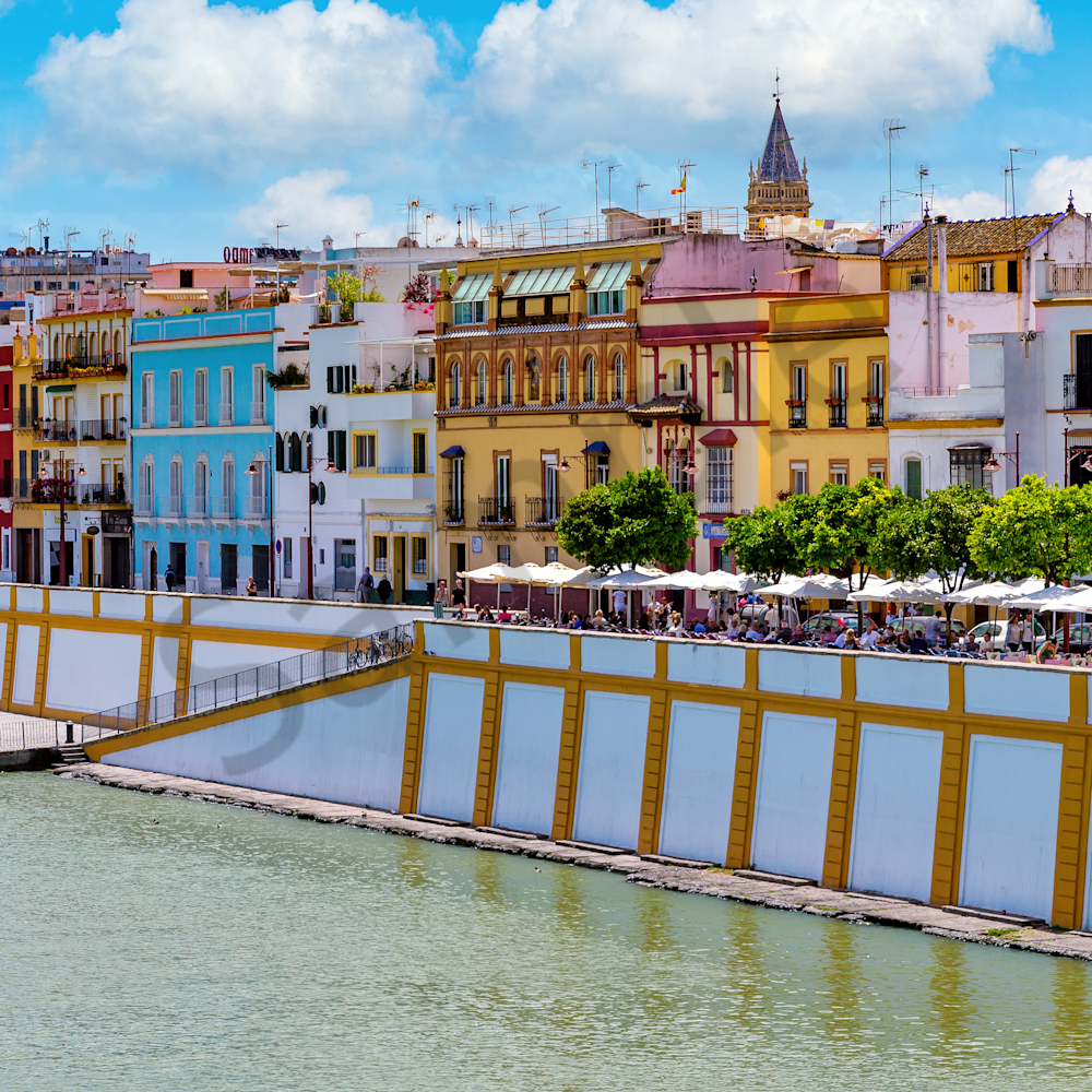Sevilla espana and river front k48kz3