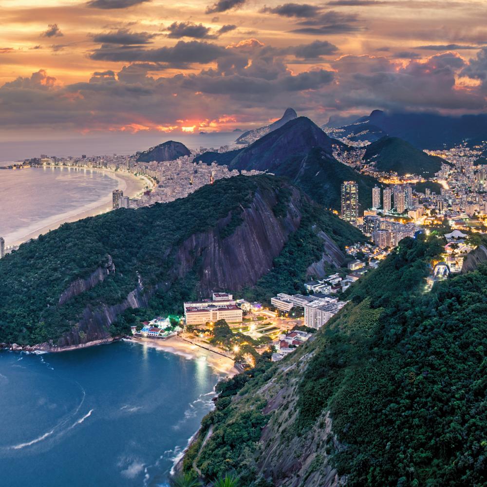 Rio de janeiro from top of sugarloaf brazil pano xg8jgk