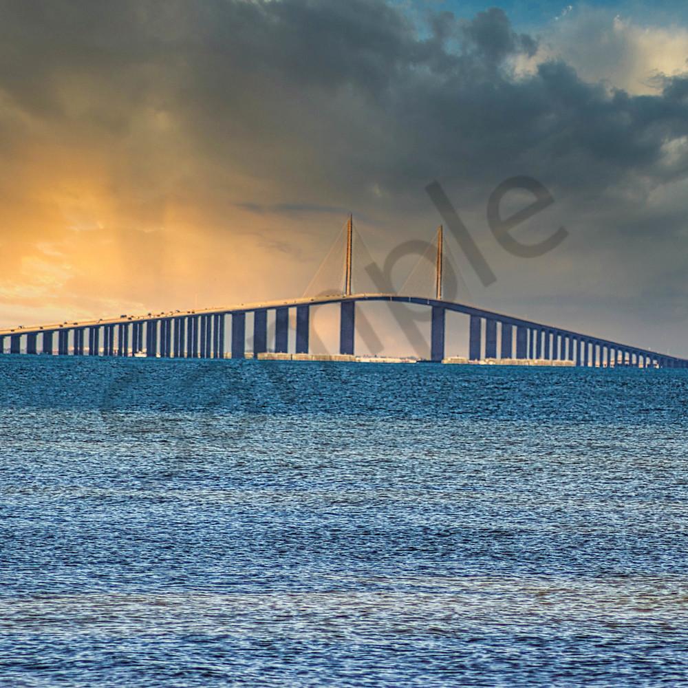 Sunshine skywy bridge ew3djk