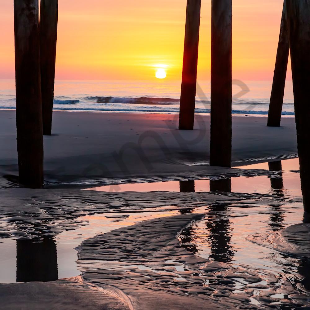 Daybreak under the pier 24 x 16 tinoca