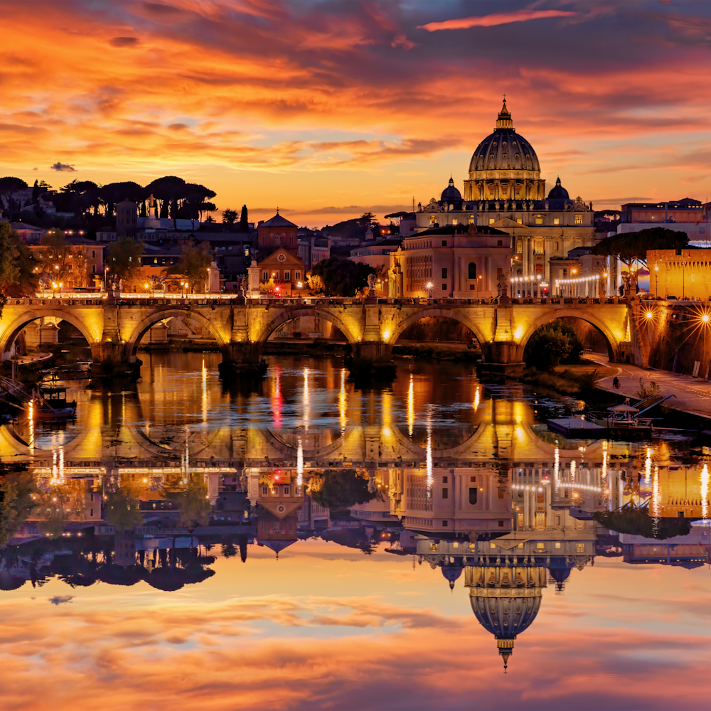 Sunset of st. peters basilica shot along river rome italy fnqgfo