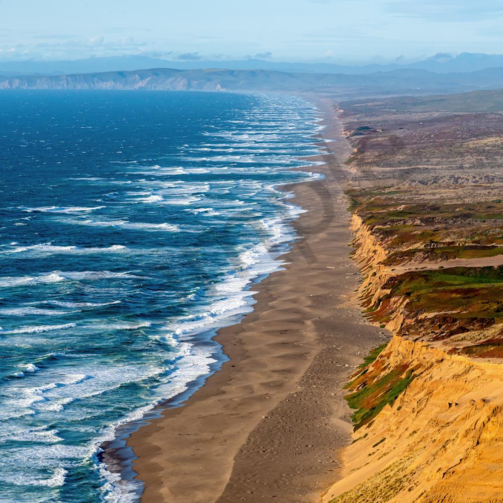 Beach and waves point reyes national seashore california t2nfg7