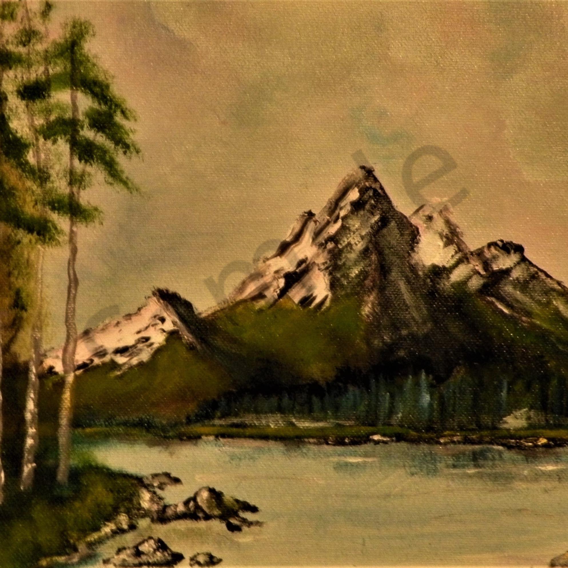 Mountain scene bphdqy