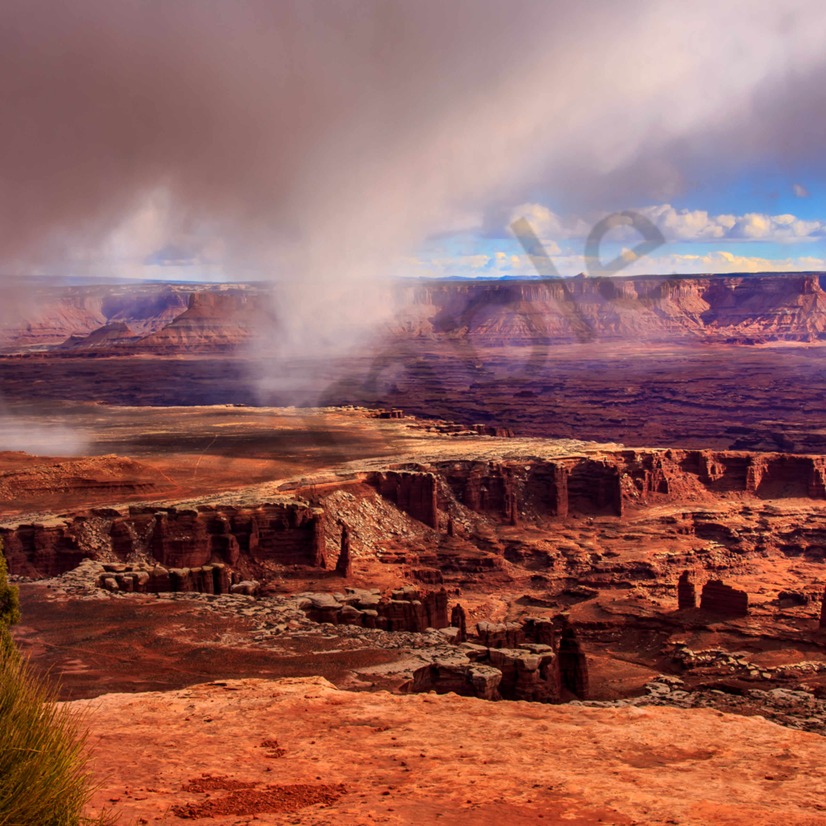 Rainburst over canyonlands imzxip