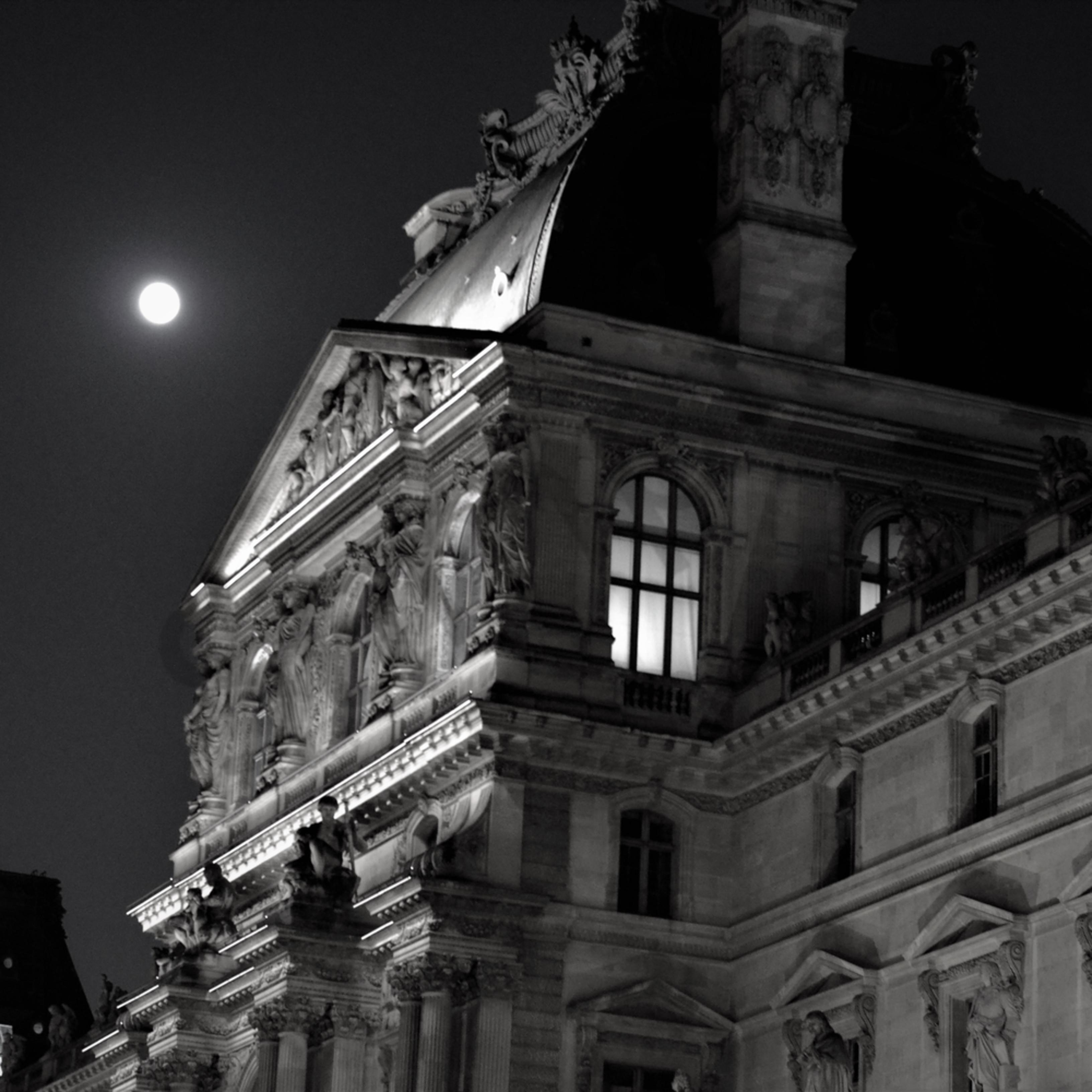 Midnight byhez9