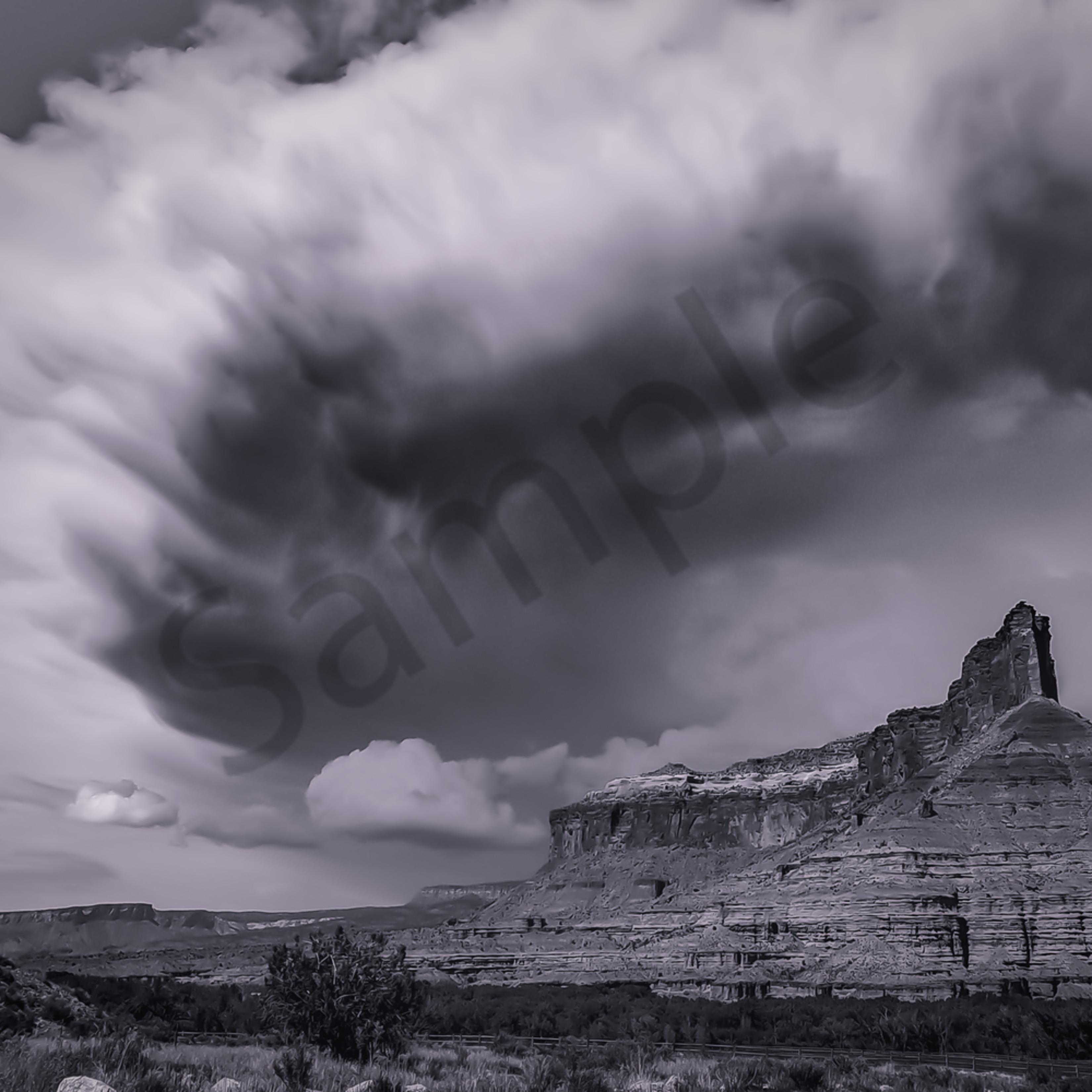 Palisade storm brewing 2 lngo8c
