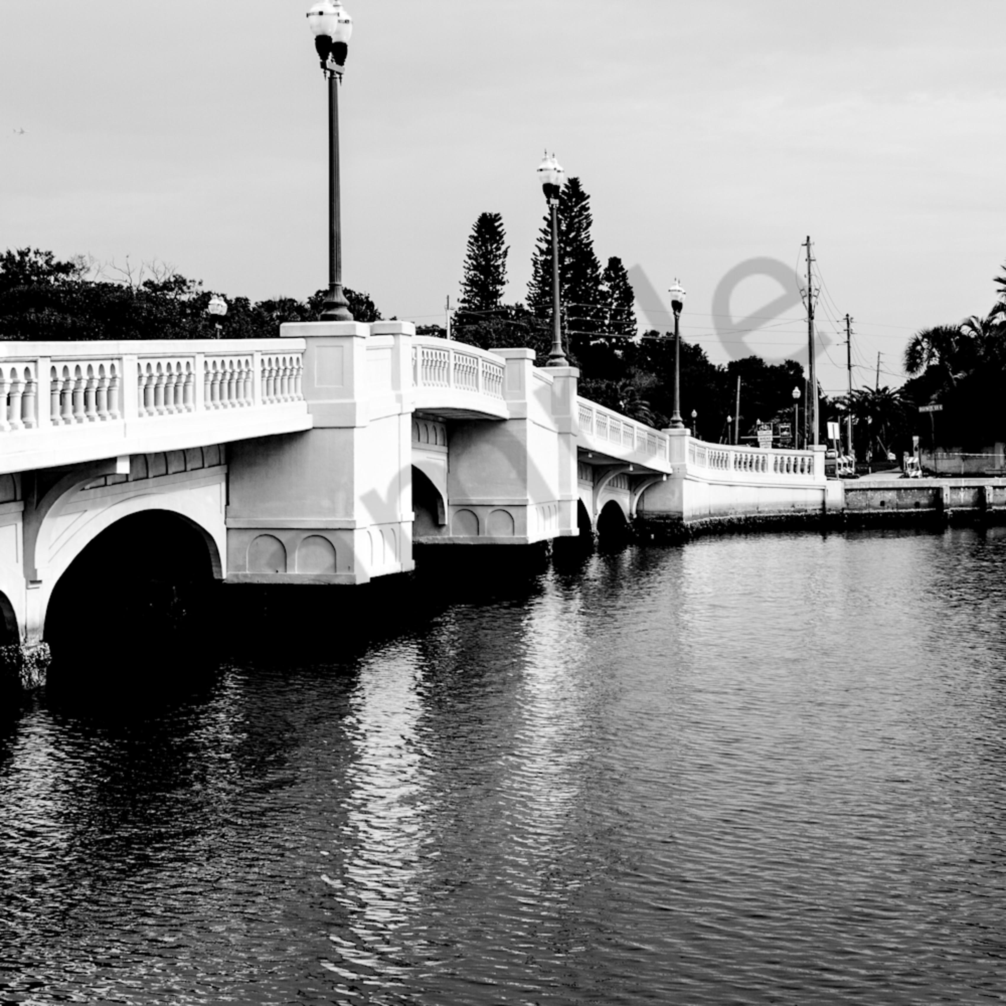 Bridge larrain mpee8b