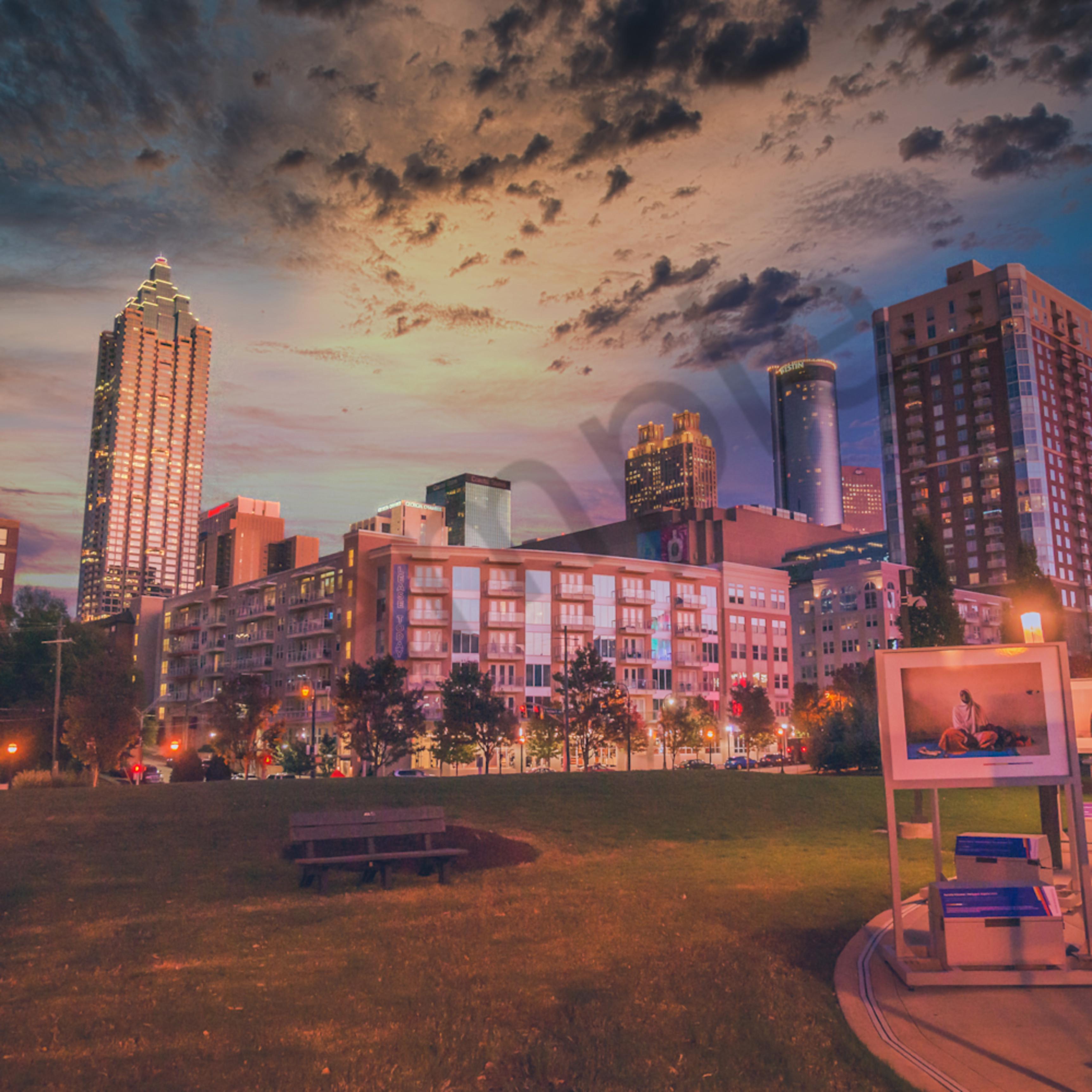 City in sunset breflv