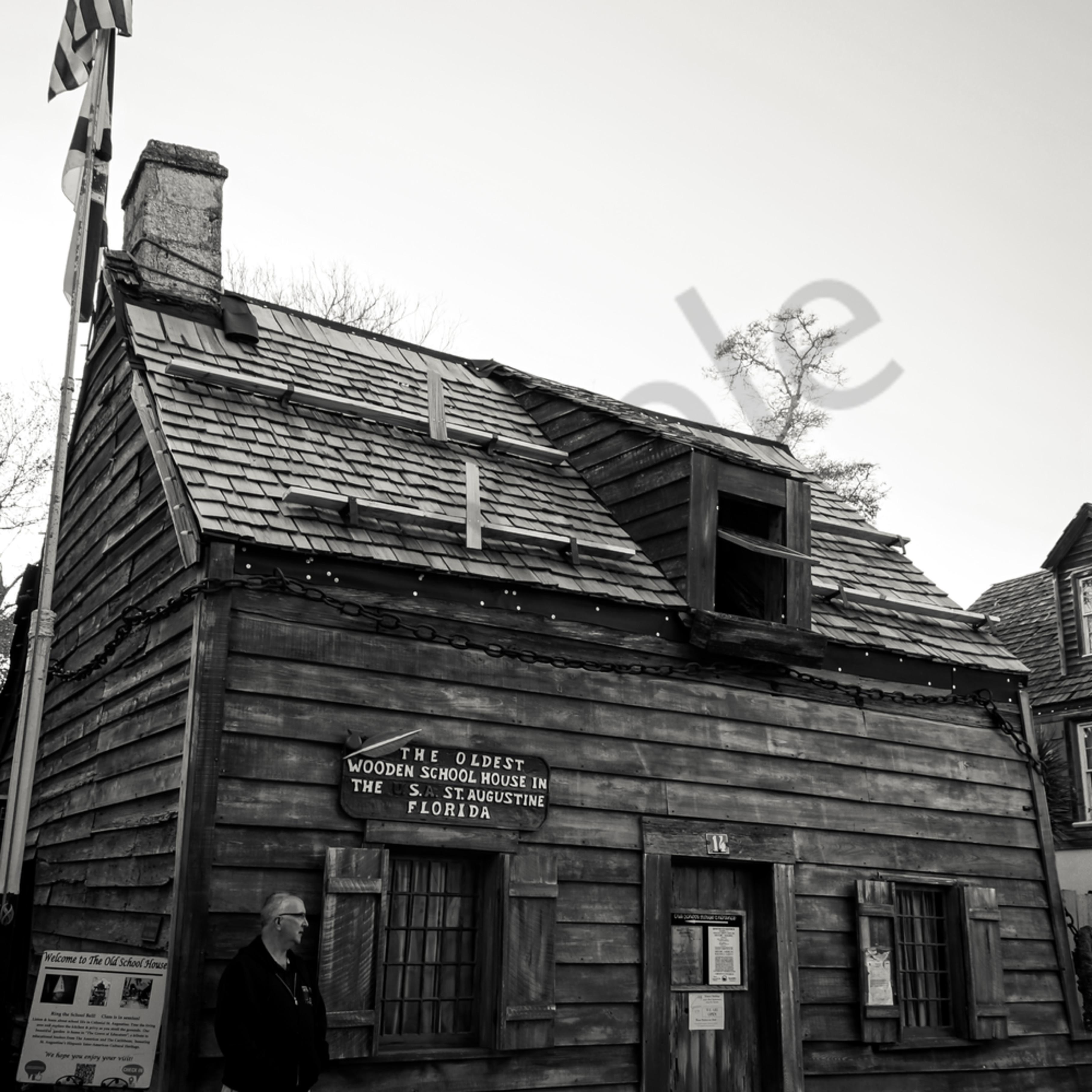 Old schoolhouse mzlkhl
