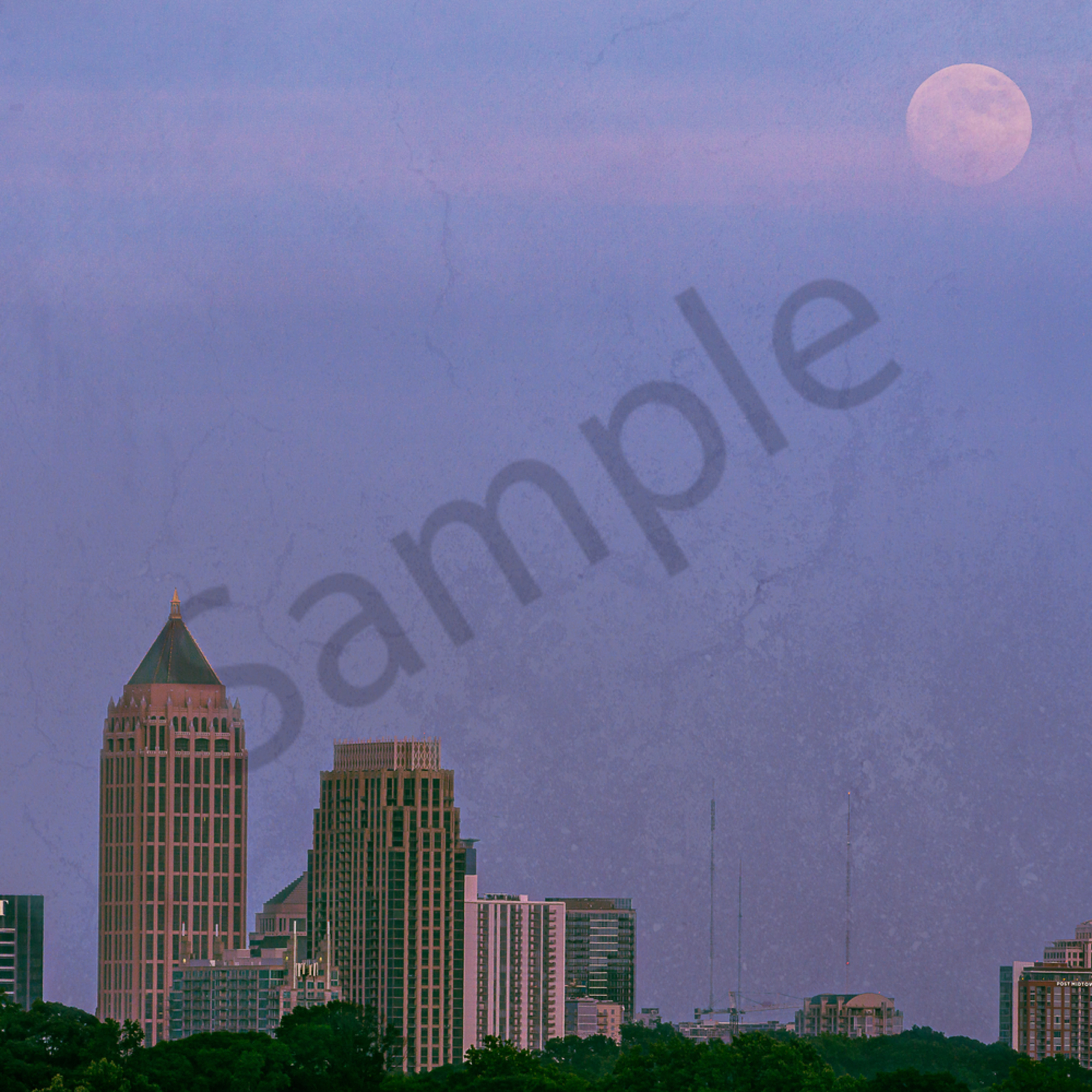Moonrise over the city in the trees oyhty7