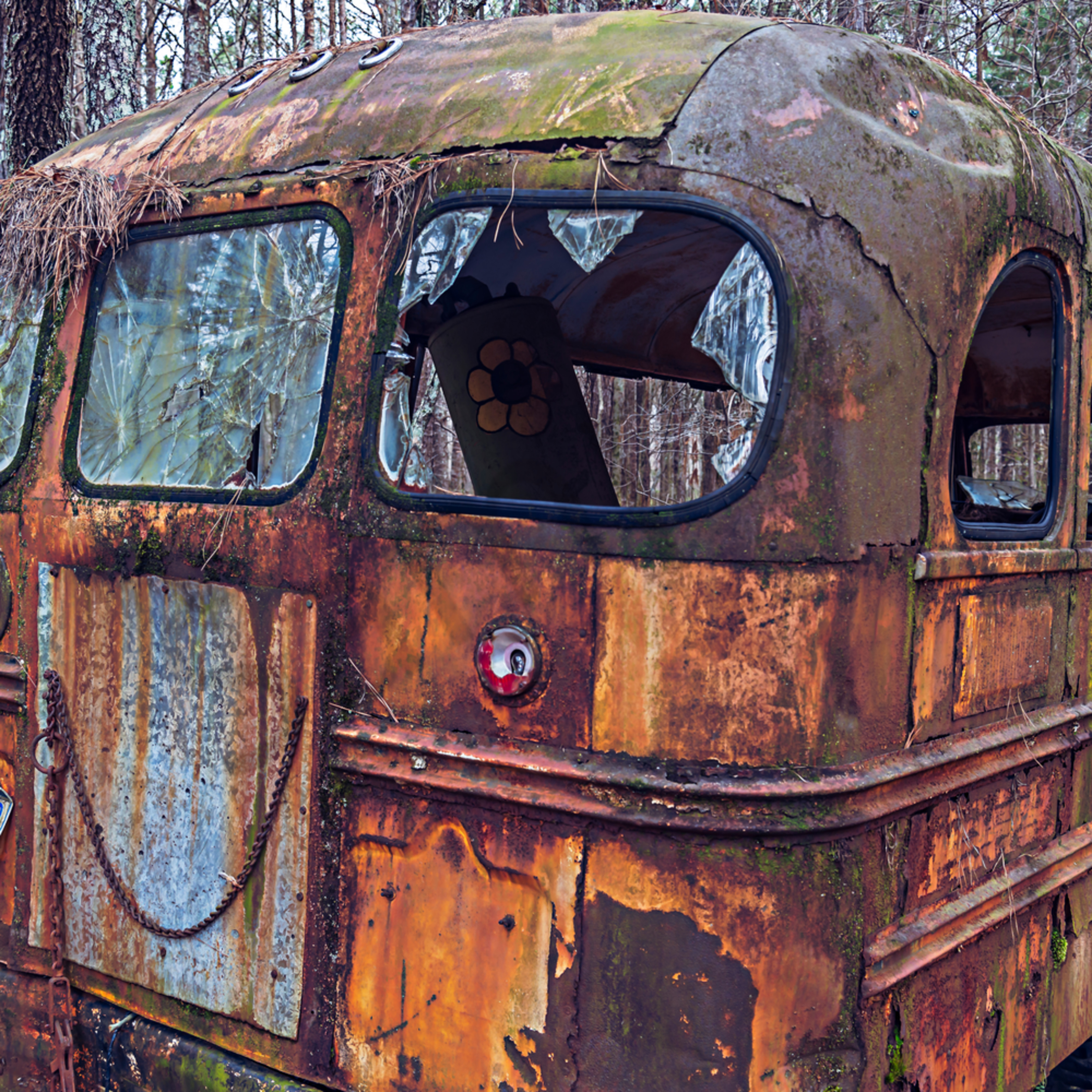 Old car city bus anmkwa