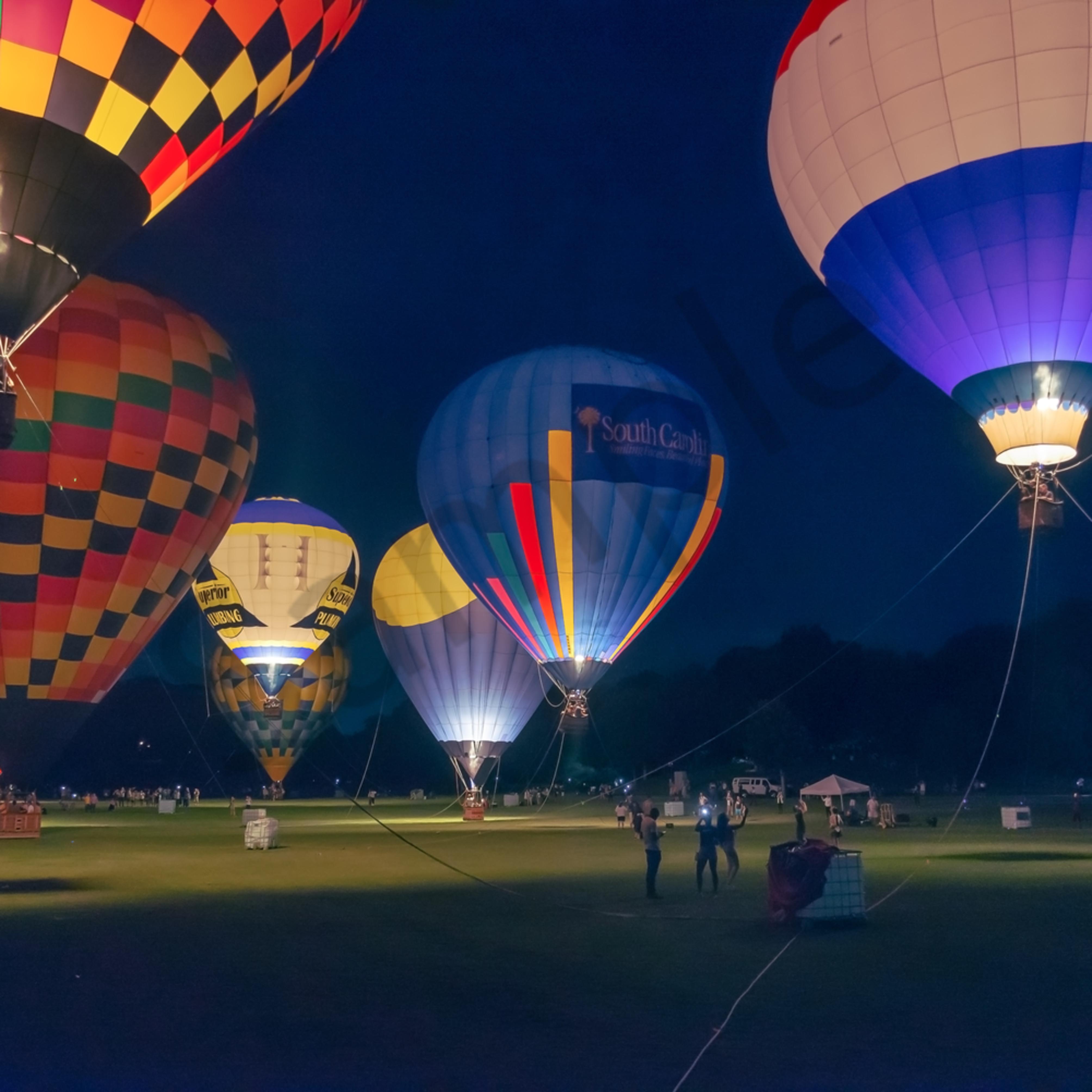Piedmont park hot air balloon glow v5a1w4