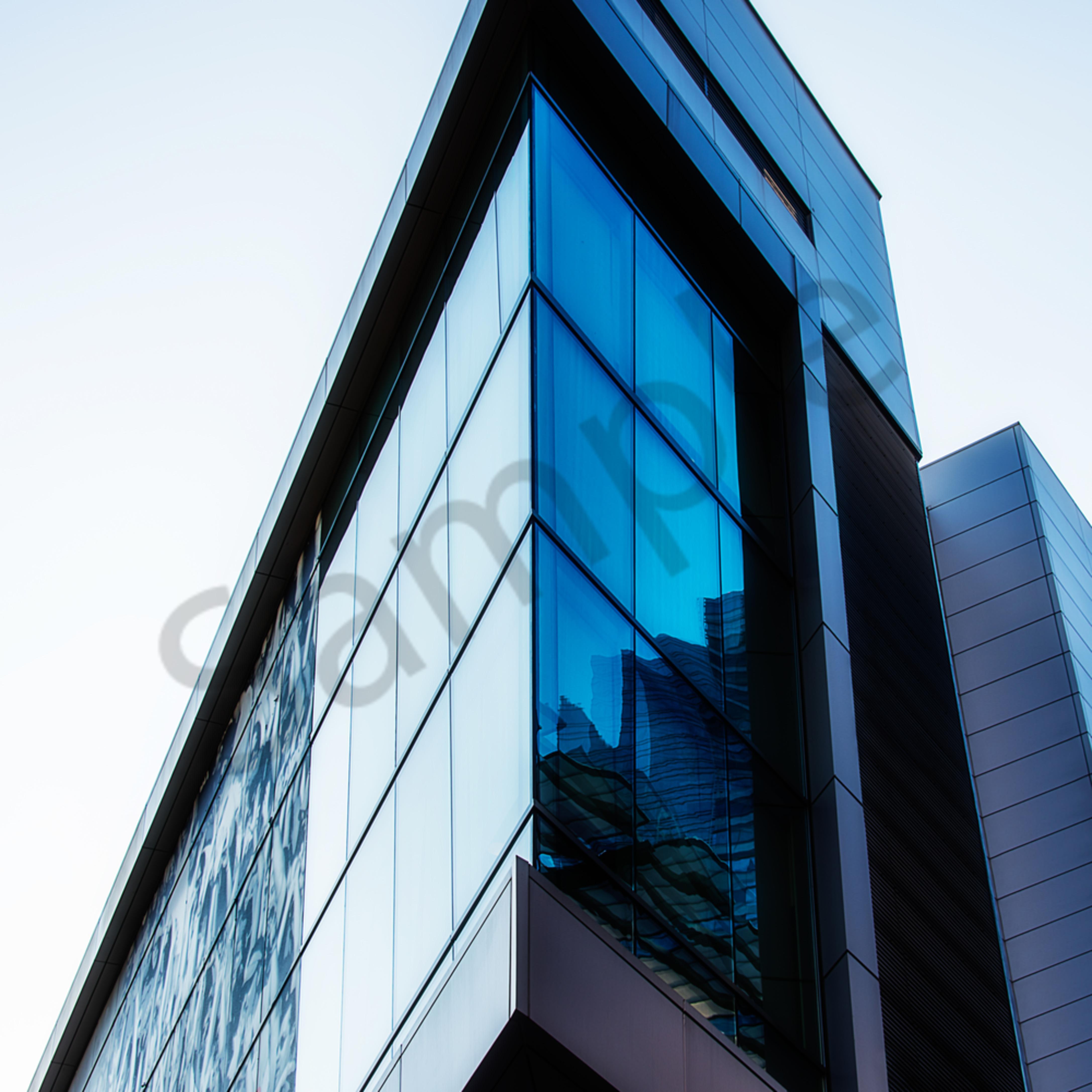 Geometric 01 angular building dsc 0594 j3fdbj