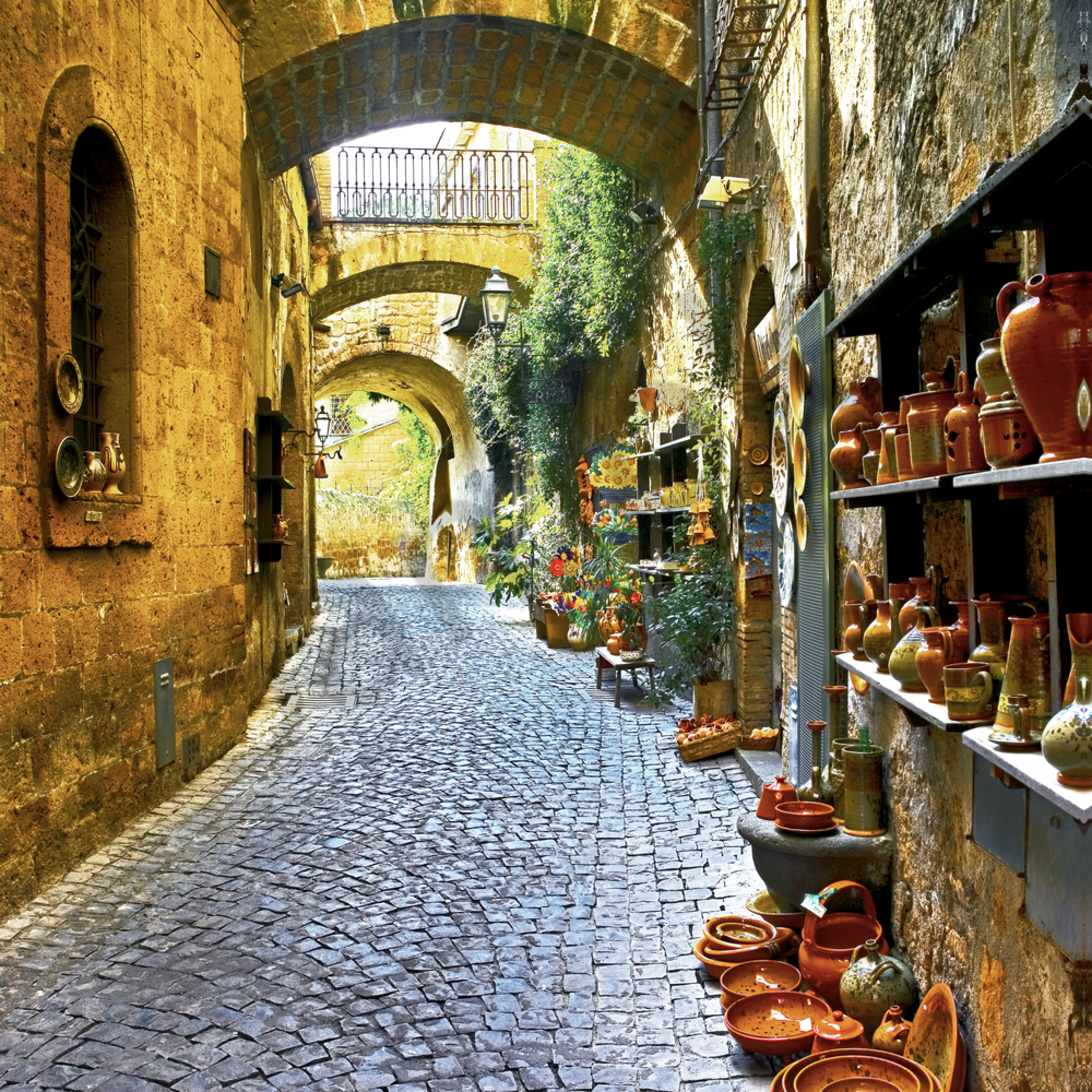 Double arch aka triple arches and alleyway in orvieto itaytif j1pxbn