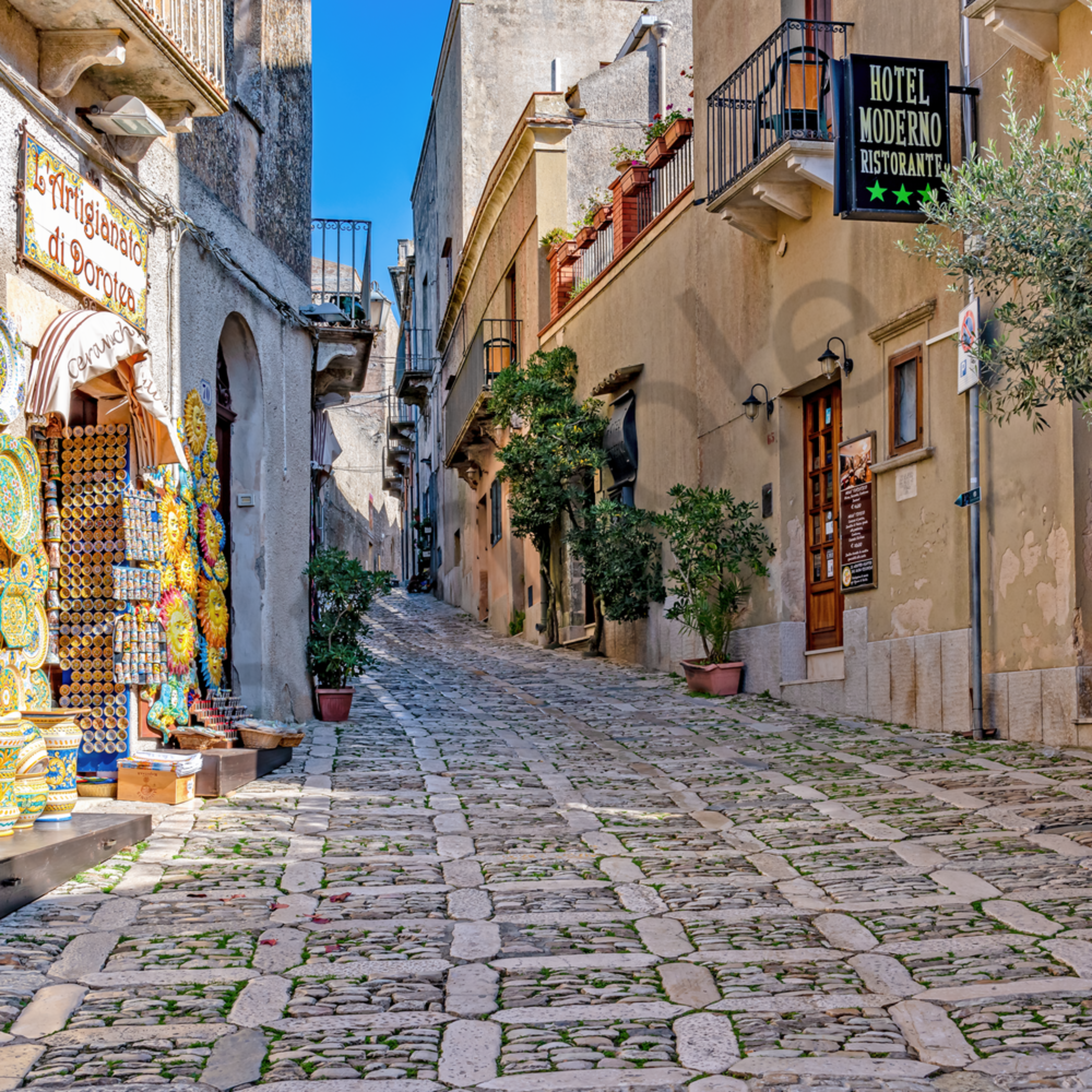 Erice path to castle sicily italy kdochf
