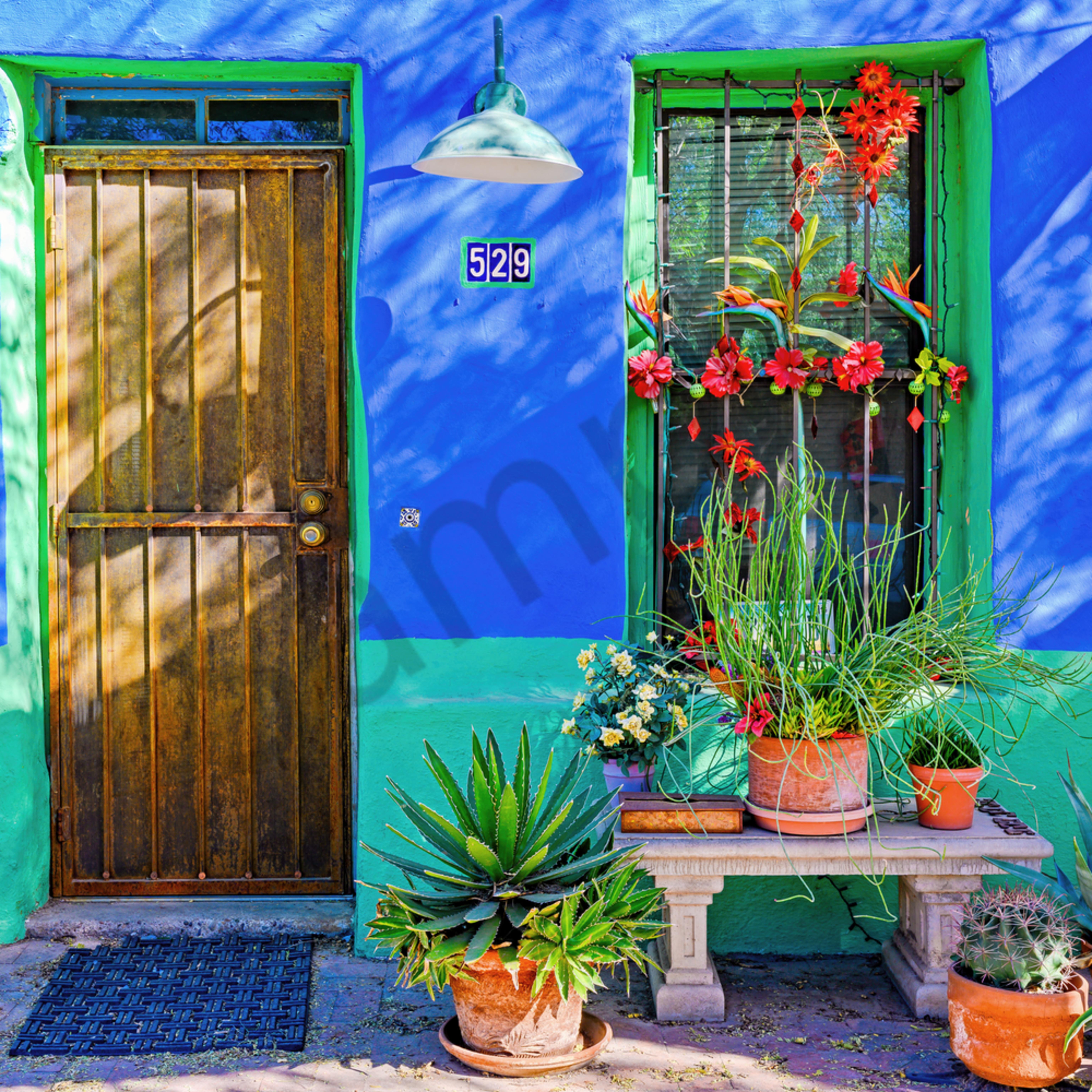 Green trim blue wall tucson arizona zhsrx8