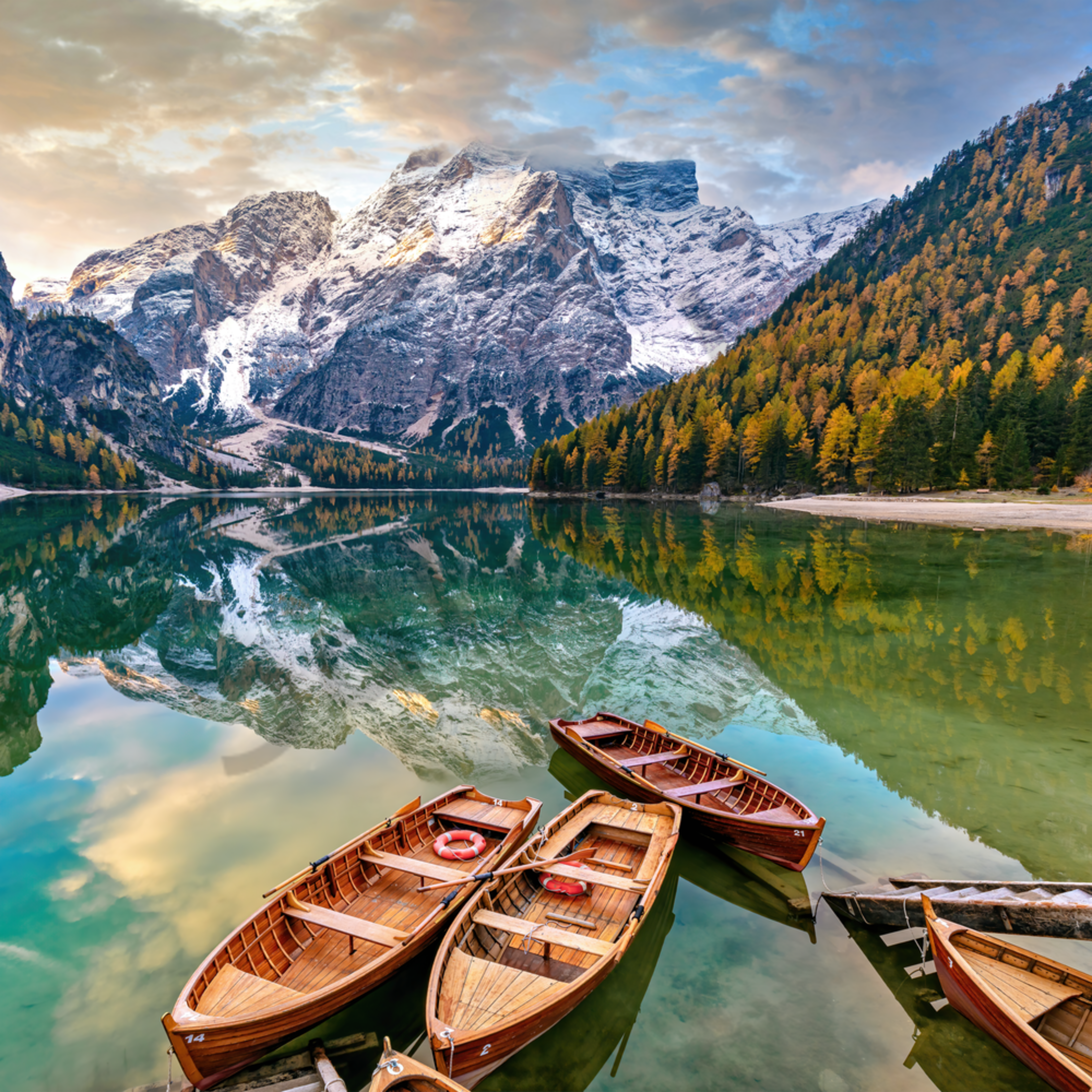 Lago di braies horizontal with new sky dolomites italy svqp4q
