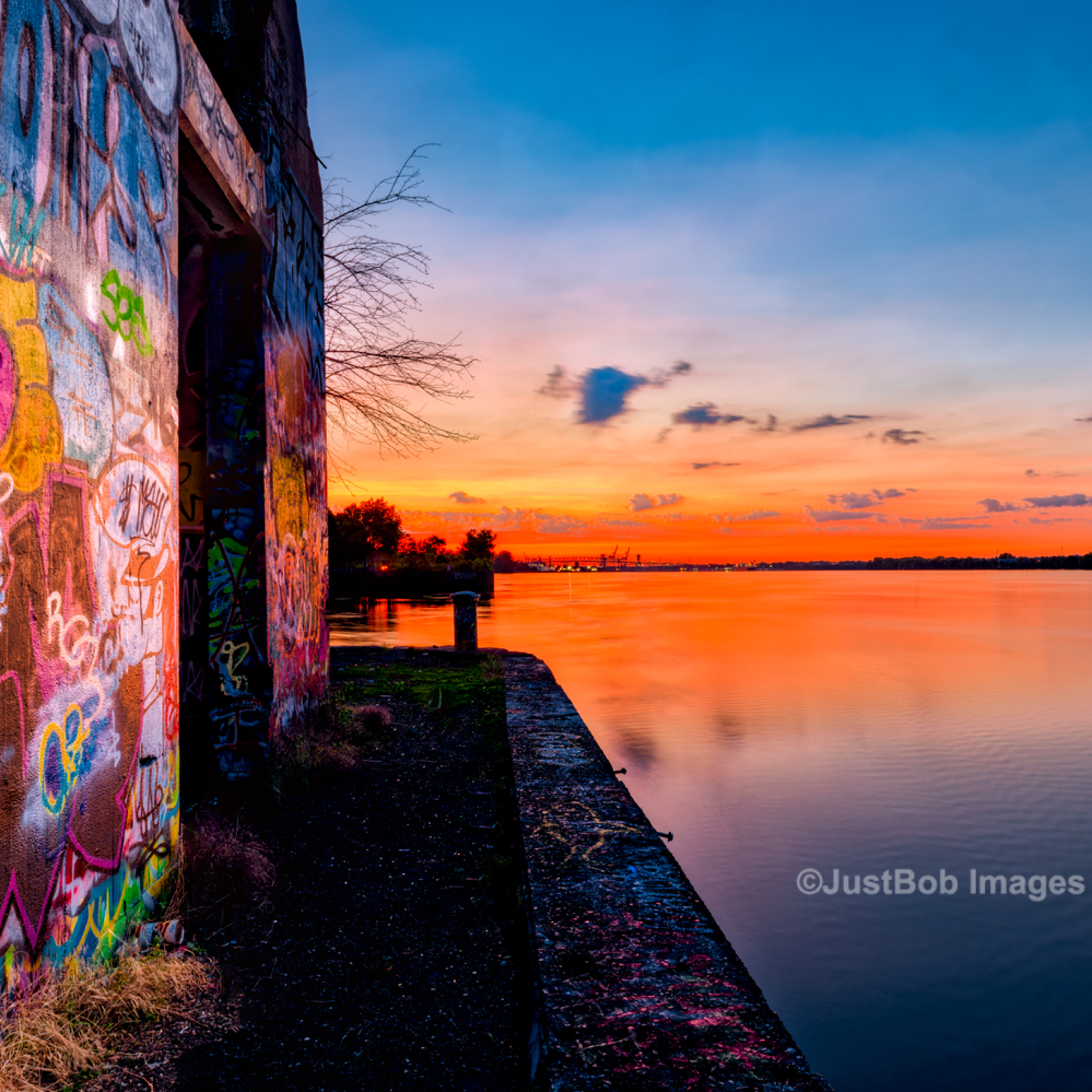 Graffiti 20160611 0001 aurorahdr hdr edit zwjzho