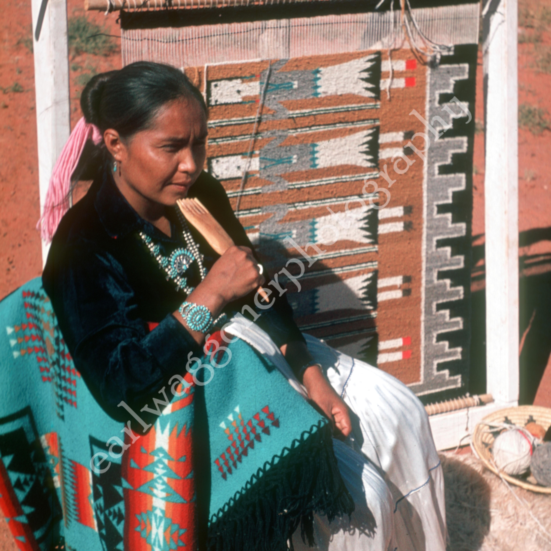 Ucb 013 weaver at loom copy ydbgvx