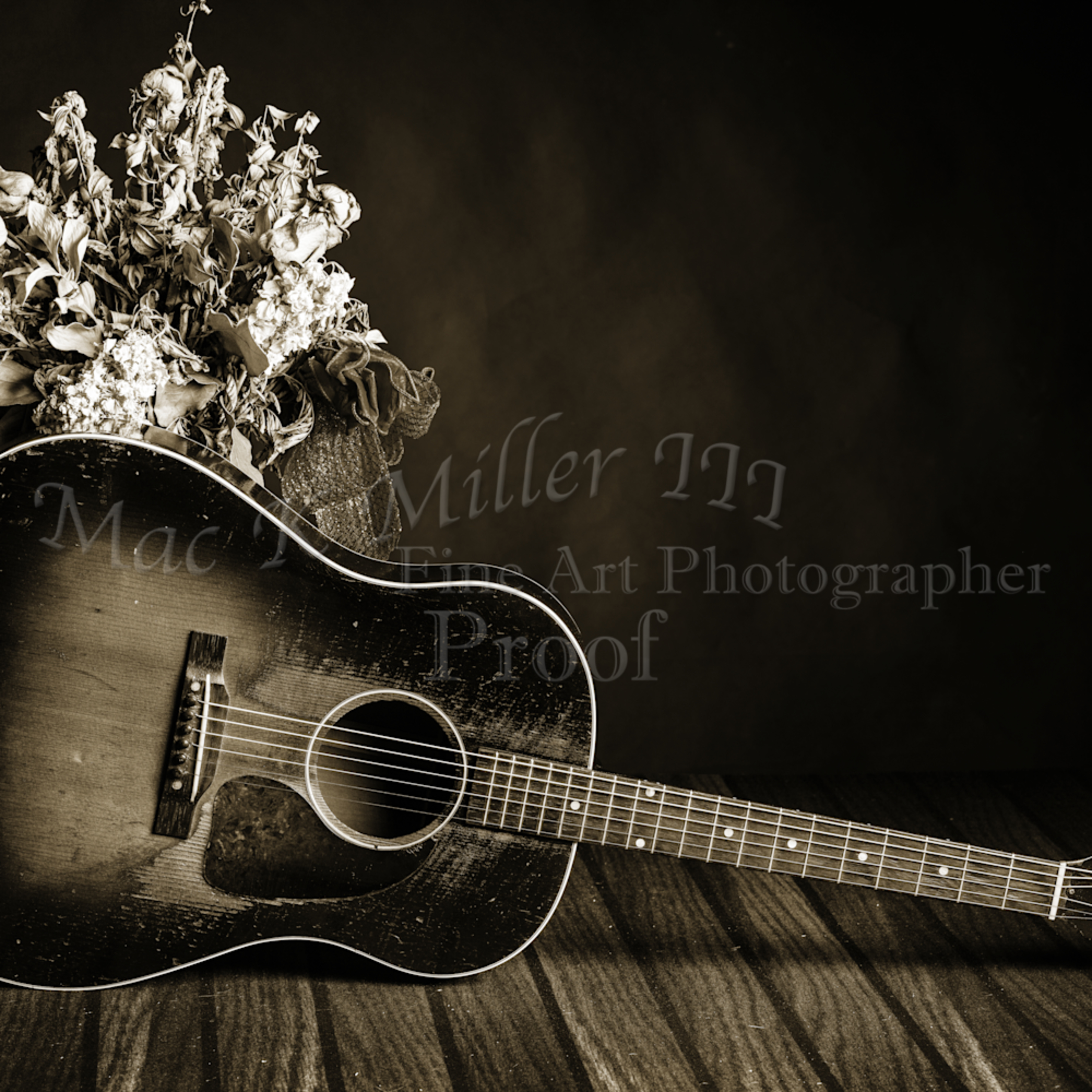 461.1834 gibson j45 in black and white yxceta