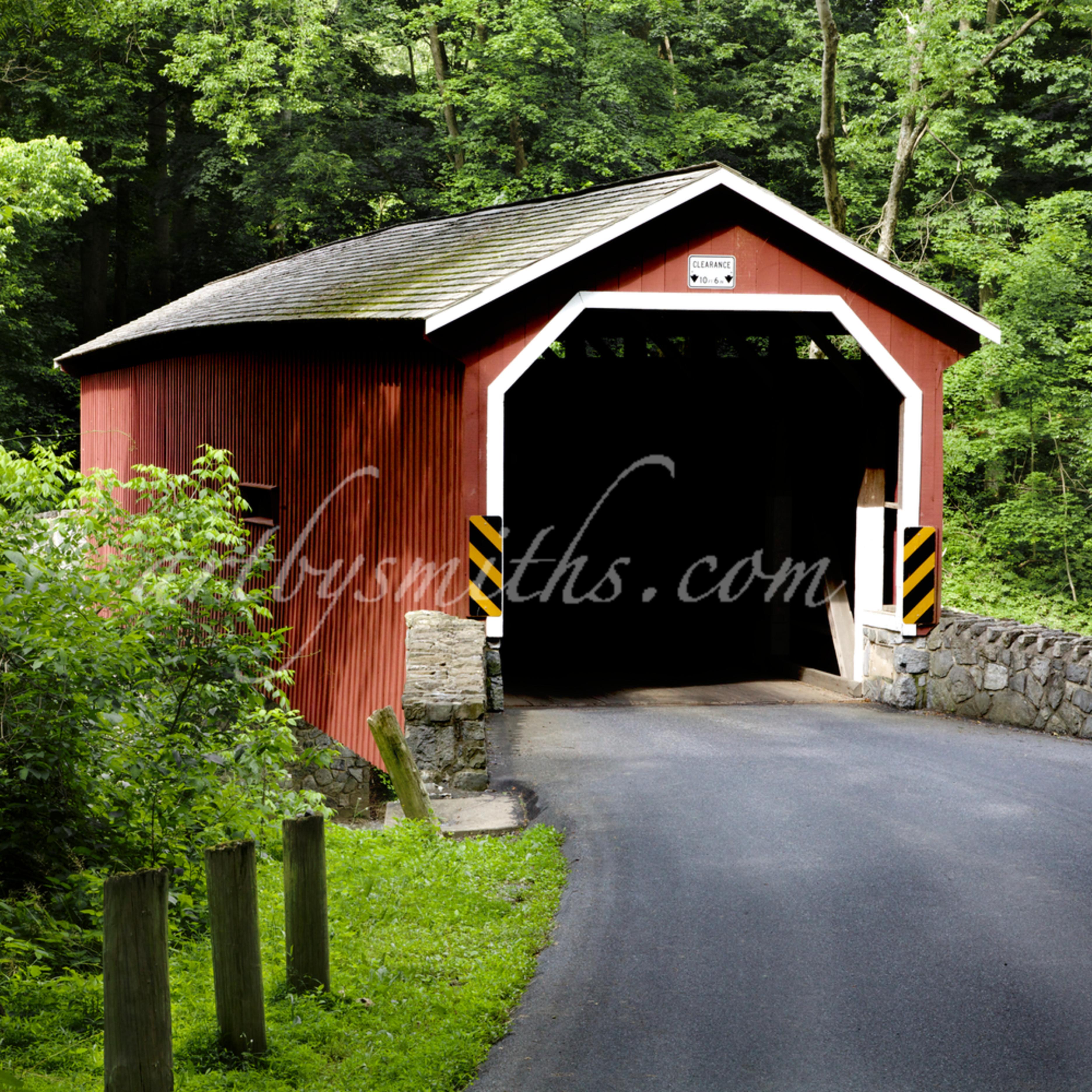 Lancaster co. covered bridge in summer nxtxlj