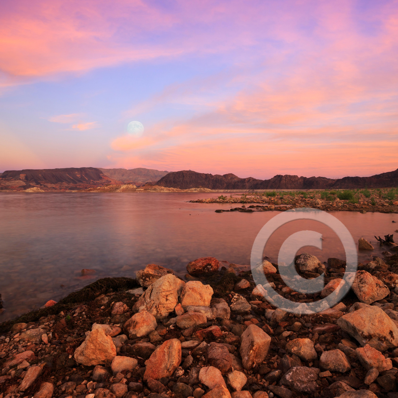 Mj20141006 5421 lake mead moonrise xbu6au