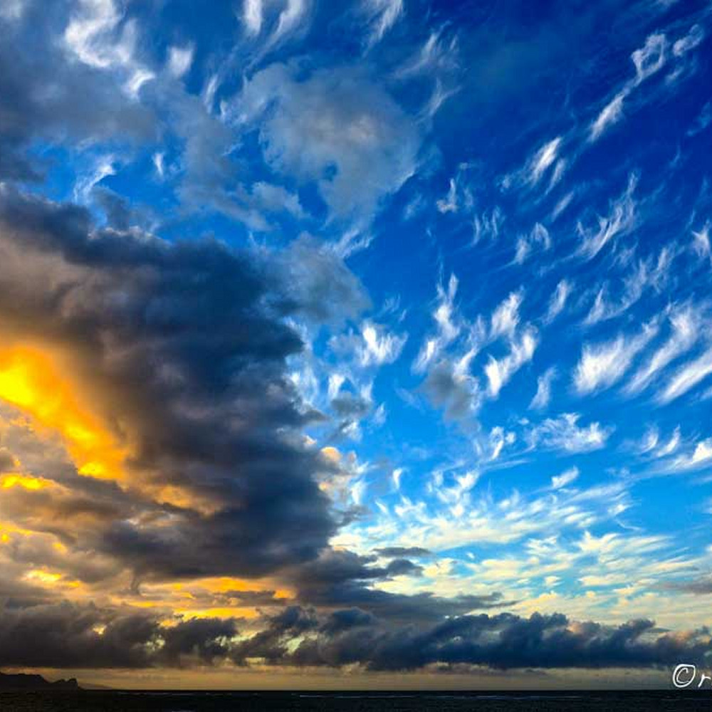 Feather clouds lqb3ak