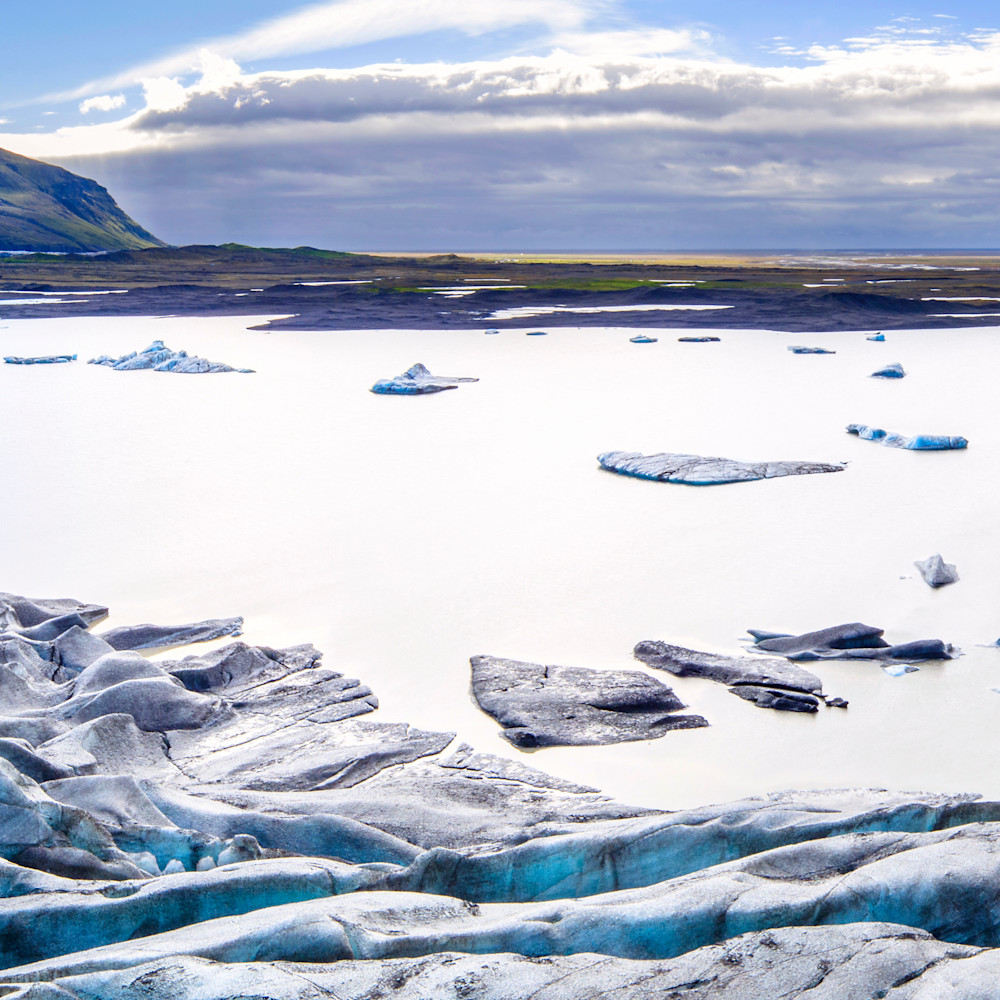 Skaftafell glacier to ocean aerial r31bhv