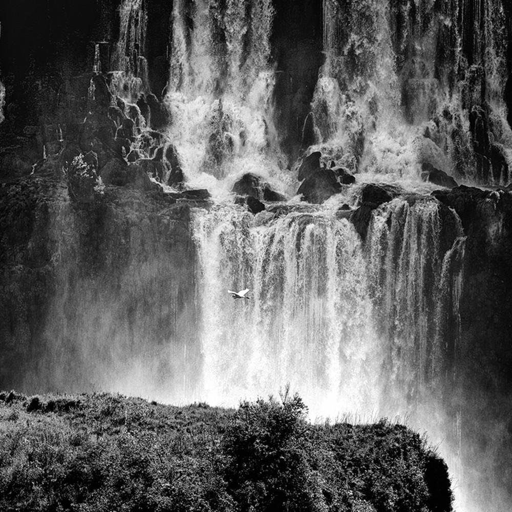 Lakes rivers and waterfalls 005 wwxqnh