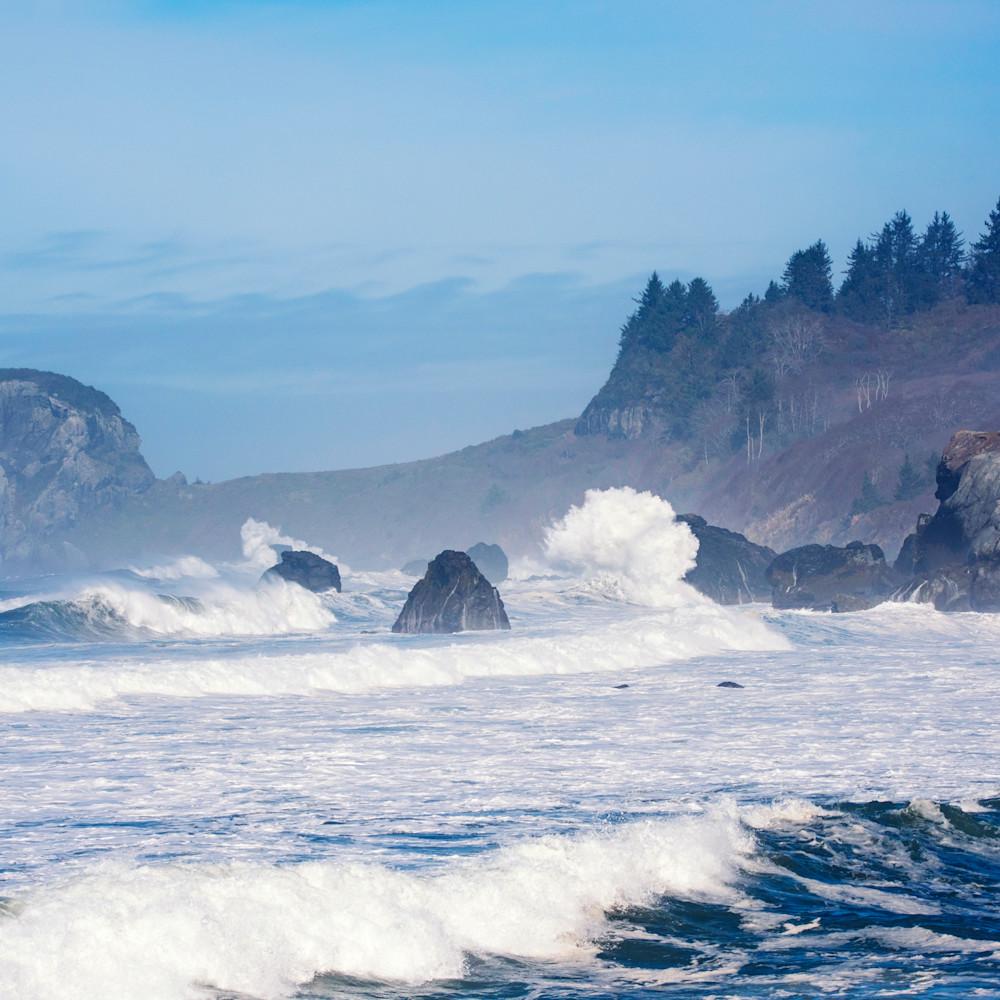 Waves on the california coast by orick inrhyh