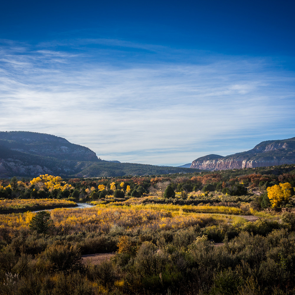 Chama river canyon in fall 6925 w3ymot