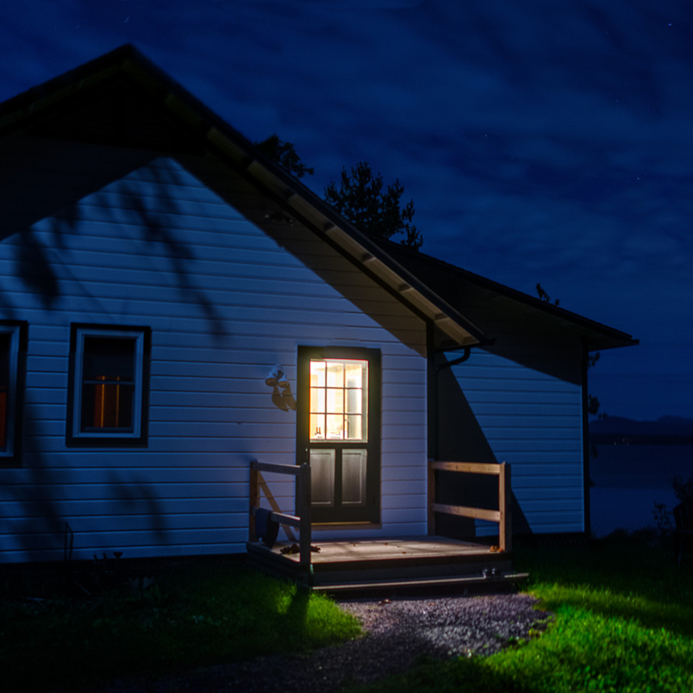 House at night charlotte vermont  o1fn8x