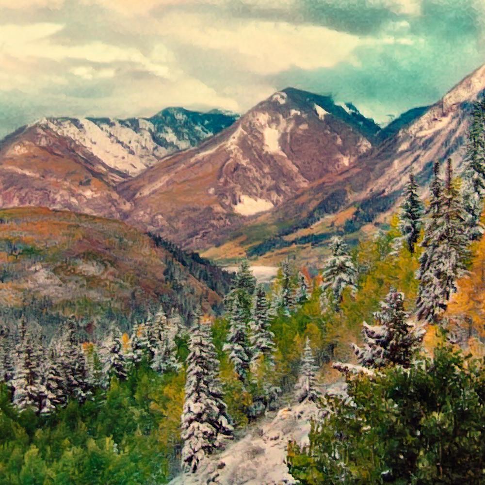 Mountains in a row urypih