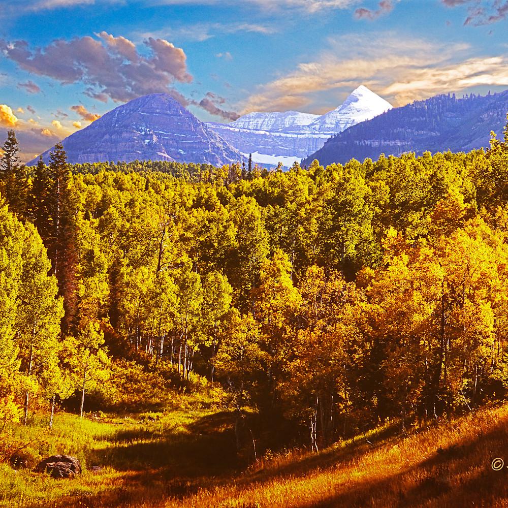 Provo peak in autumn lztozq
