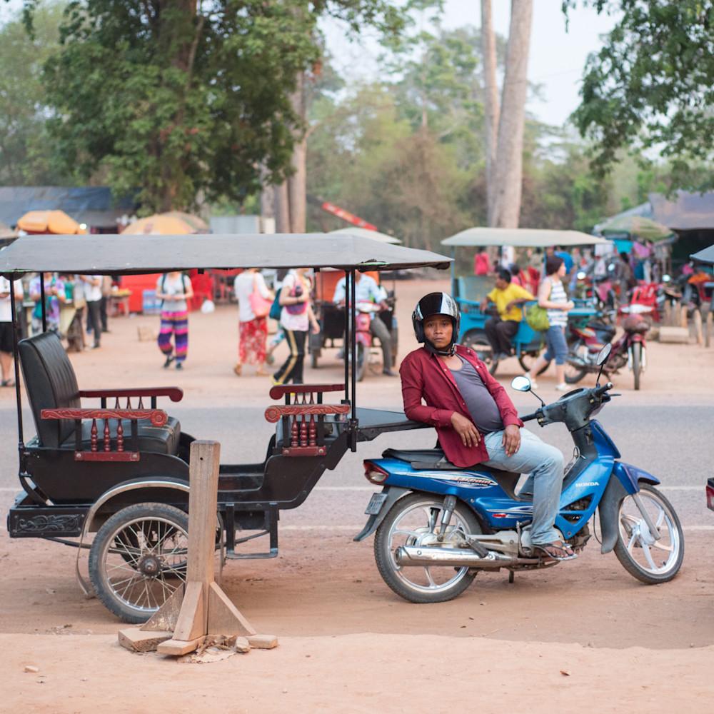 2016 cambodia 1106 iw9q24