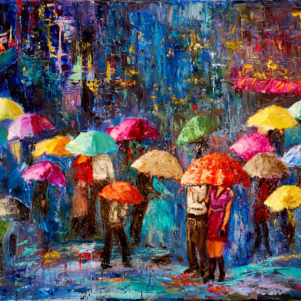 Lovers in nyc rain gnylnr
