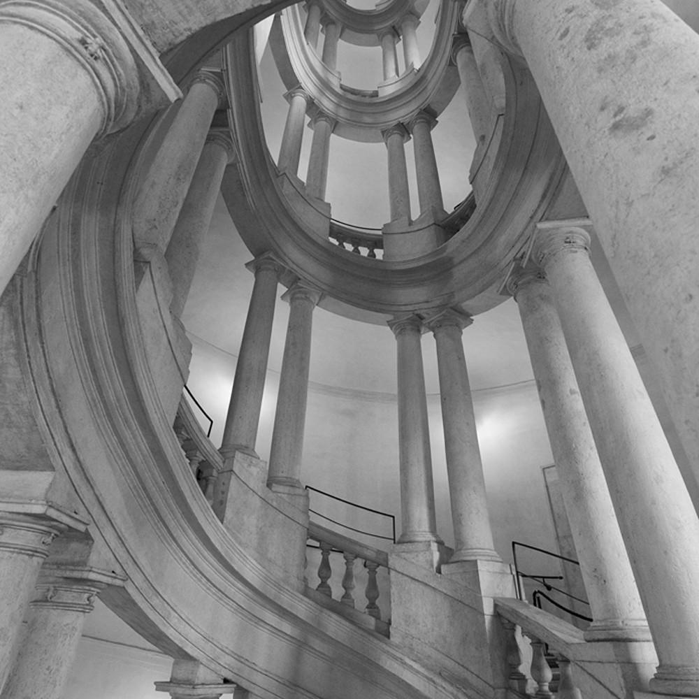 Barromini staircase hx772x